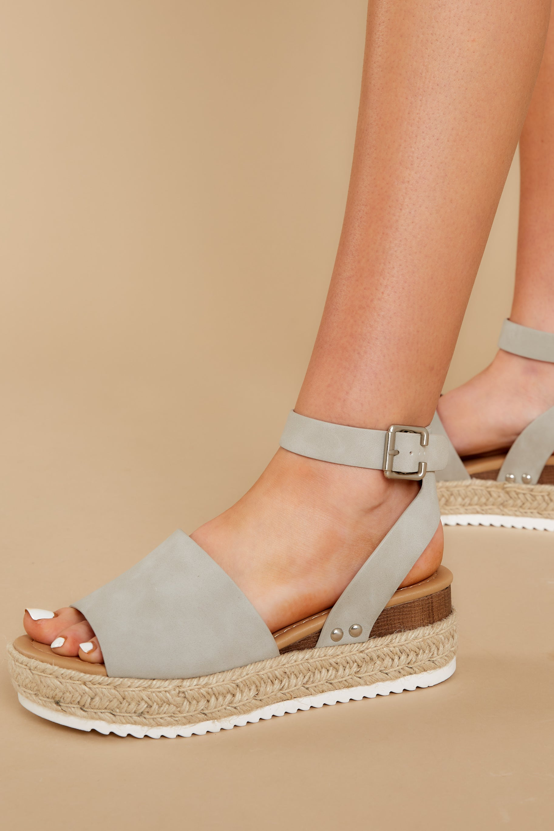 4 Know The Way To You Light Grey Flatform Sandals at reddress.com