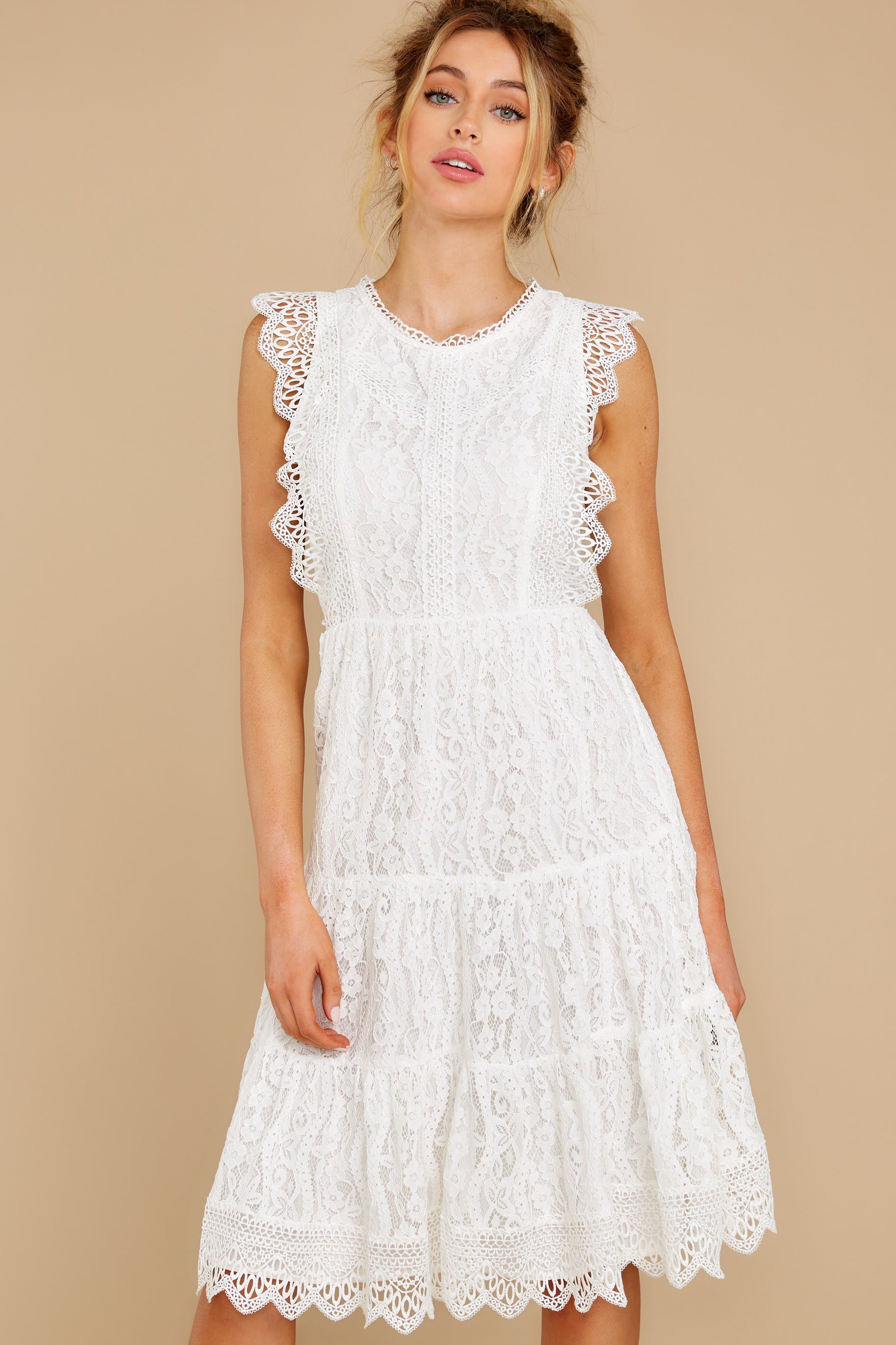 6 Simply Amazing White Lace Dress at reddress.com
