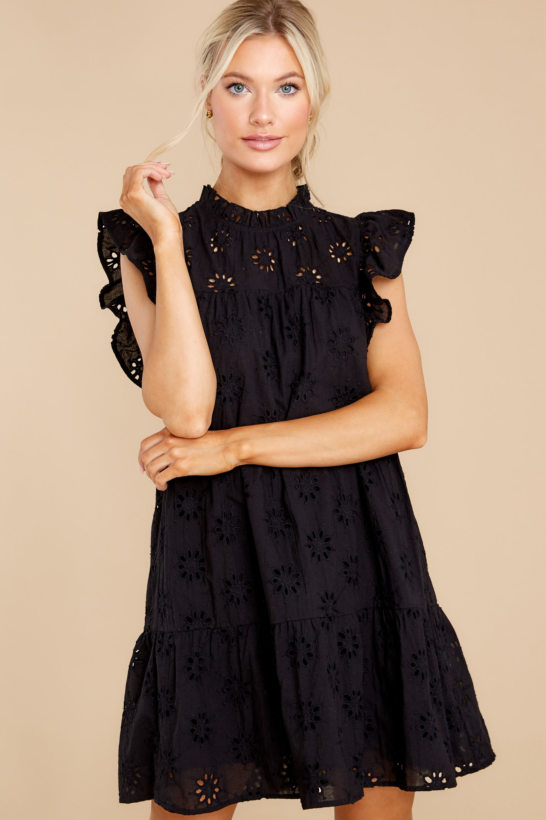 7 So Unreal Black Dress at reddress.com
