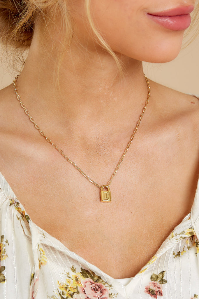 1 Perfect Timing Gold C Initial Charm at reddress.com