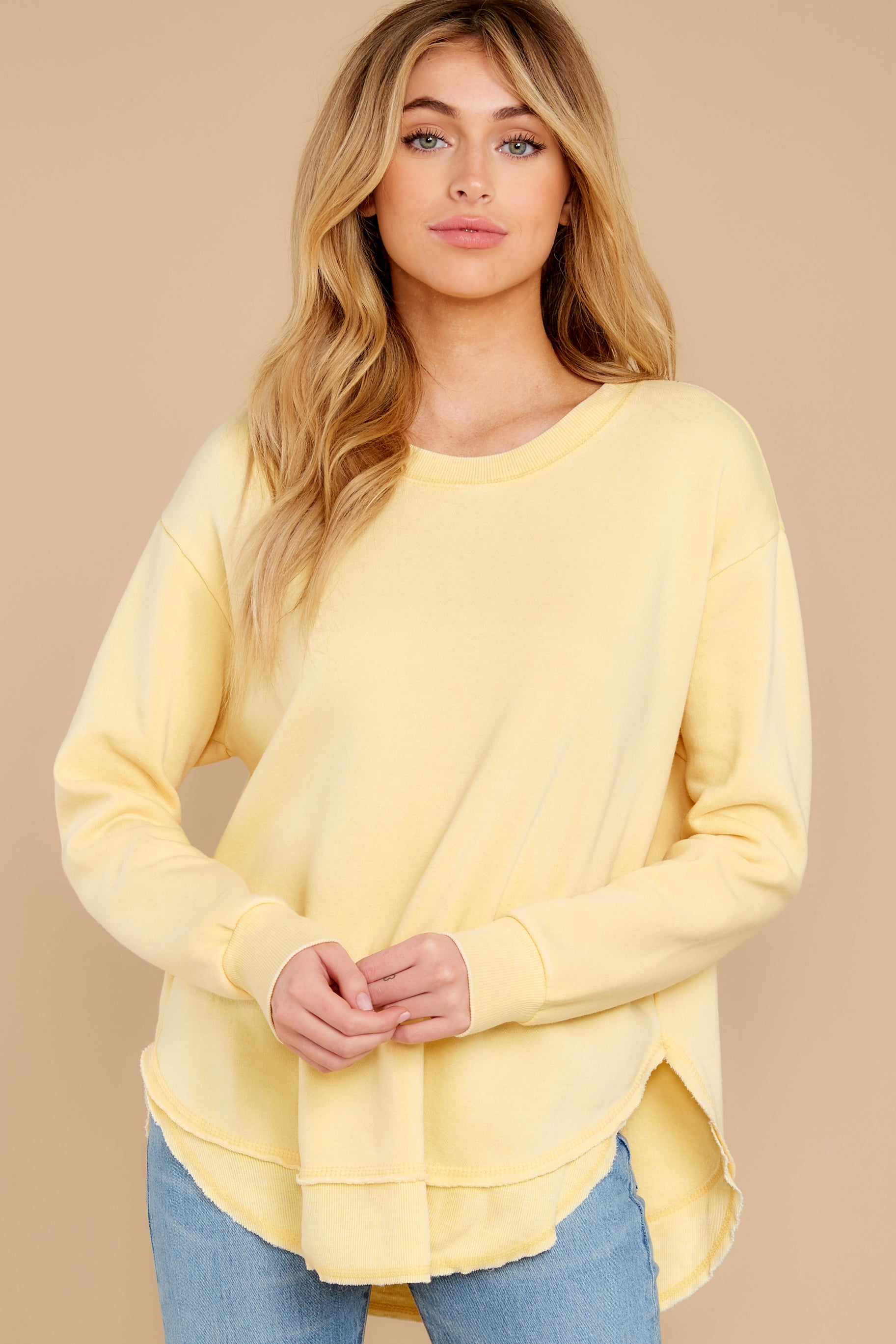 9 Divine Comfort Sunflower Yellow Pullover at reddress.com