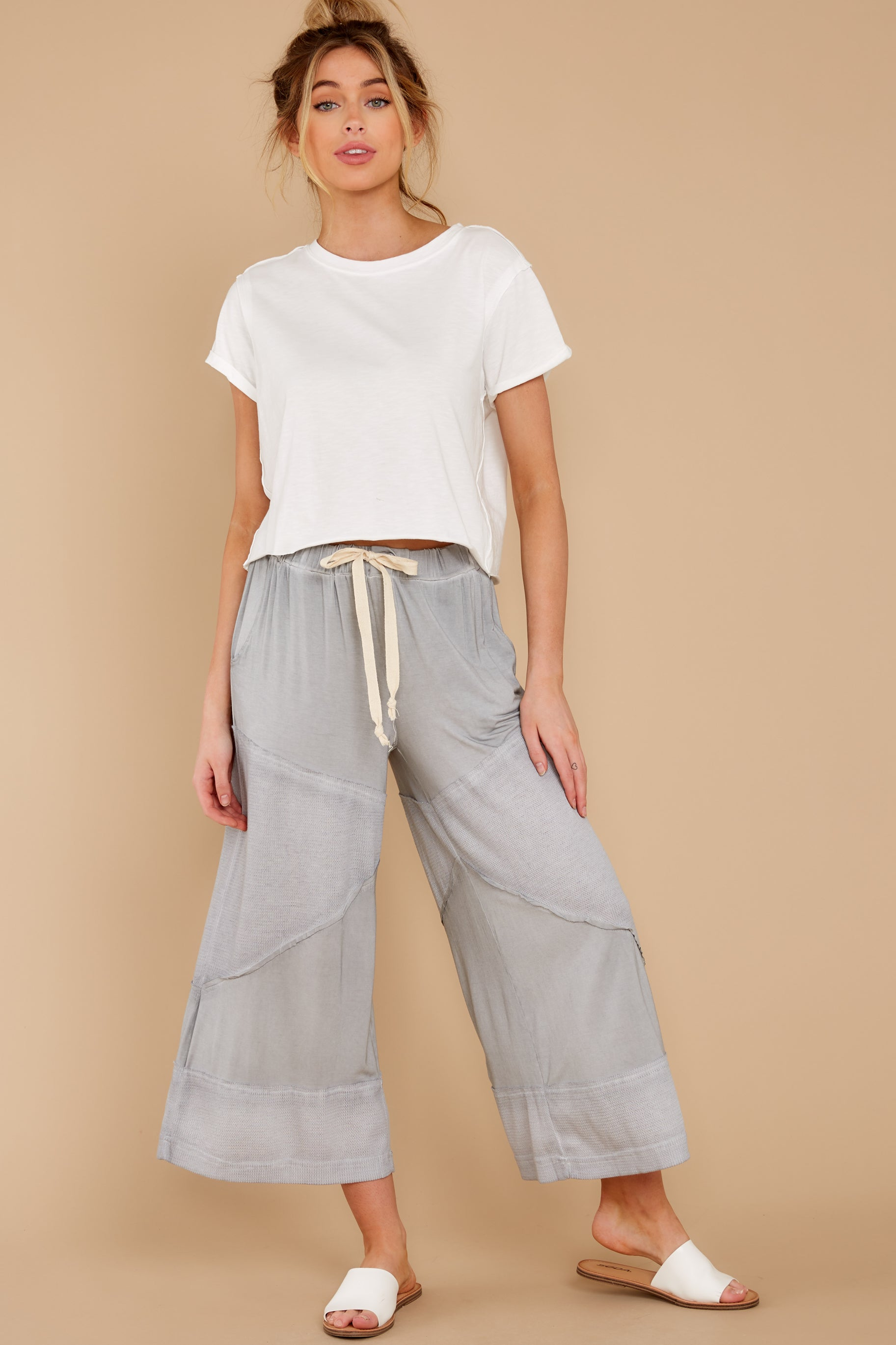 6 On The Other Side Dove Grey Pants at reddress.com