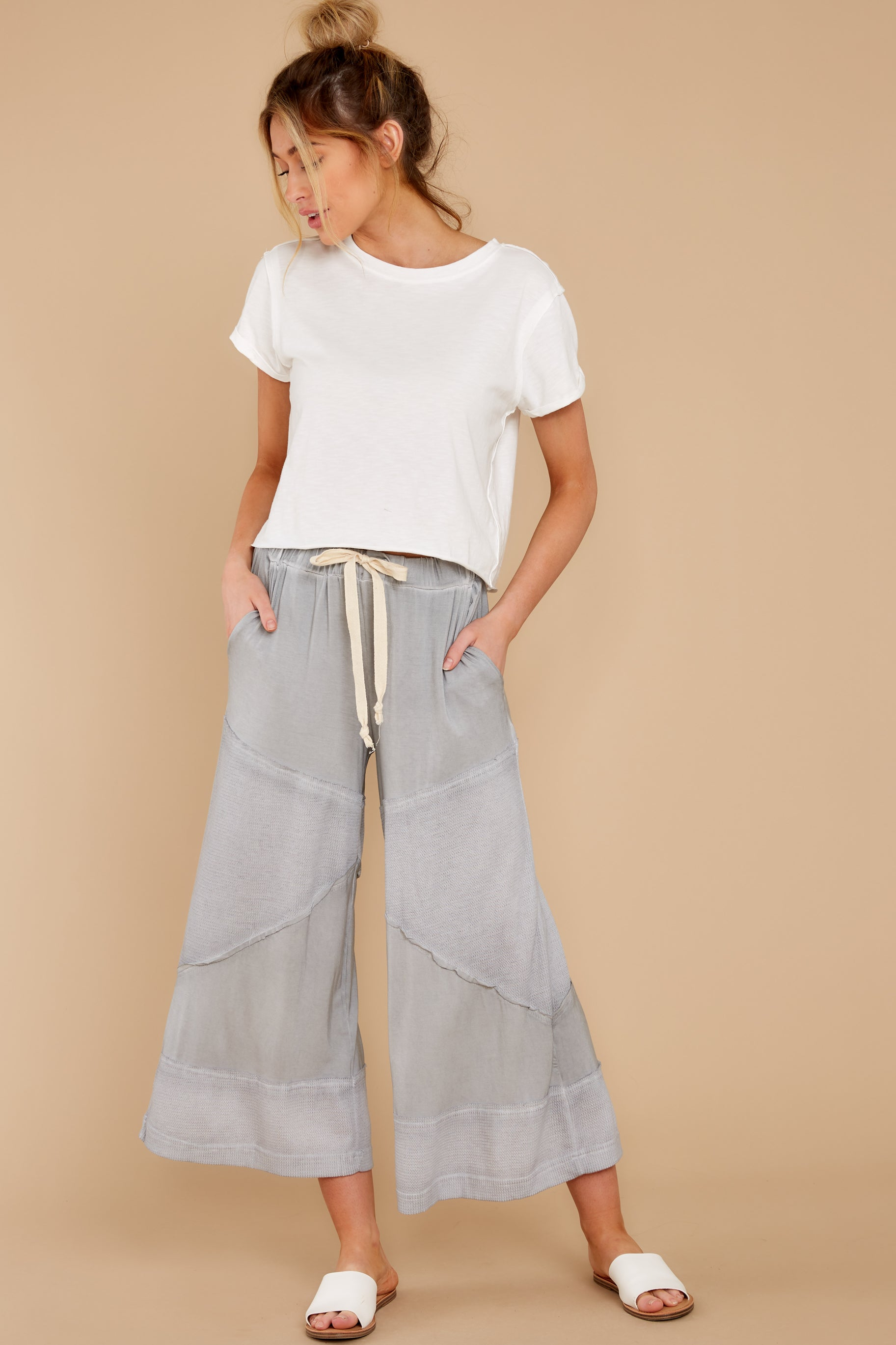 8 On The Other Side Dove Grey Pants at reddress.com