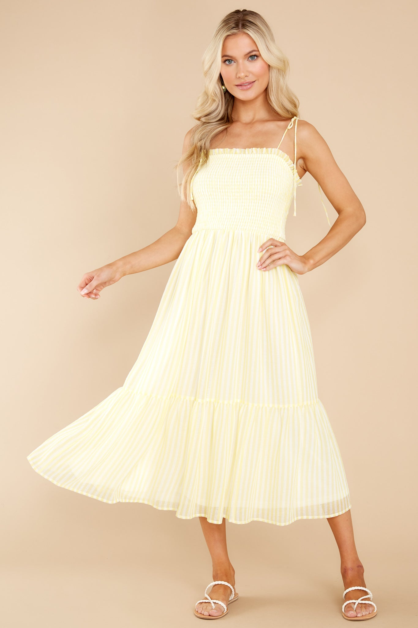 80s Dresses   Casual to Party Dresses Aura Weekend Strolls Yellow Midi Dress $48.00 AT vintagedancer.com