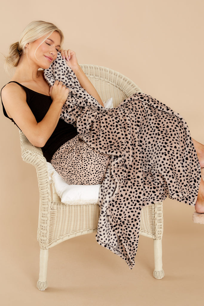 1 Fiercest Companion Tan And Black Leopard Print Throw at reddress.com