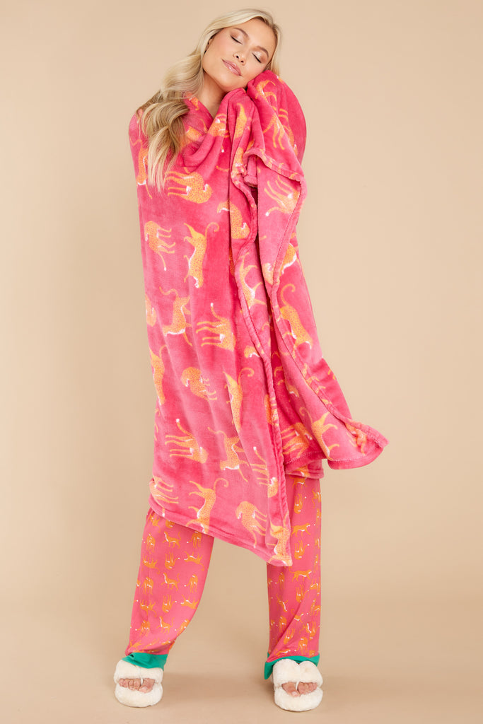 1 From The Jungle Hot Pink Print Throw at reddress.com