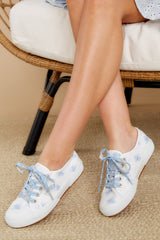 2 2750 White And Baby Blue Floral Print Sneakers at reddress.com