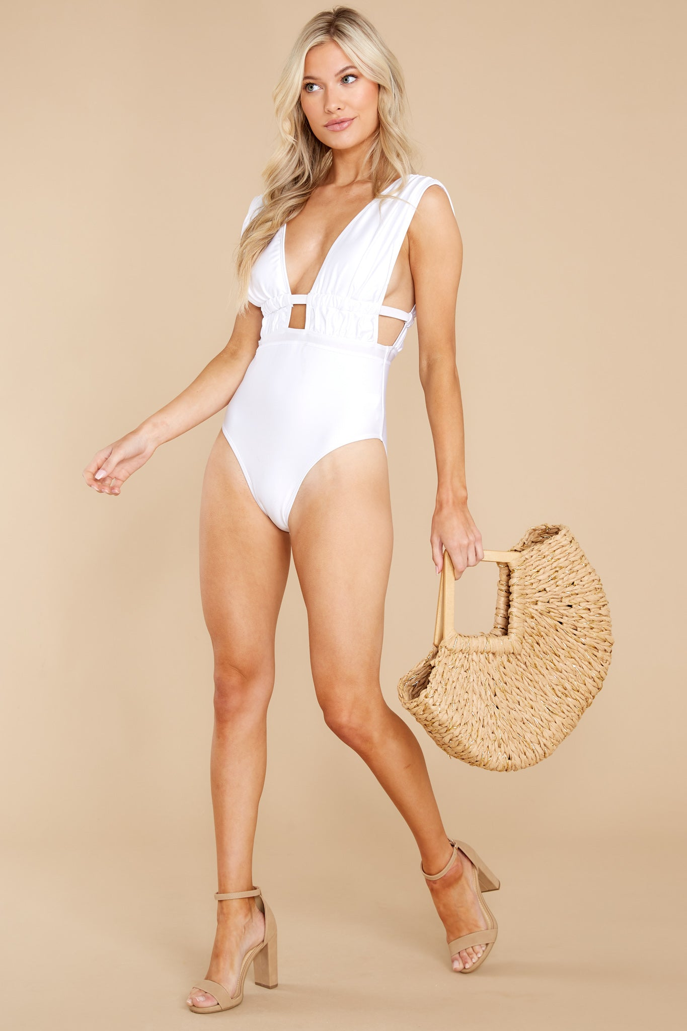 4 California Surf White One Piece Swimsuit at reddress.com