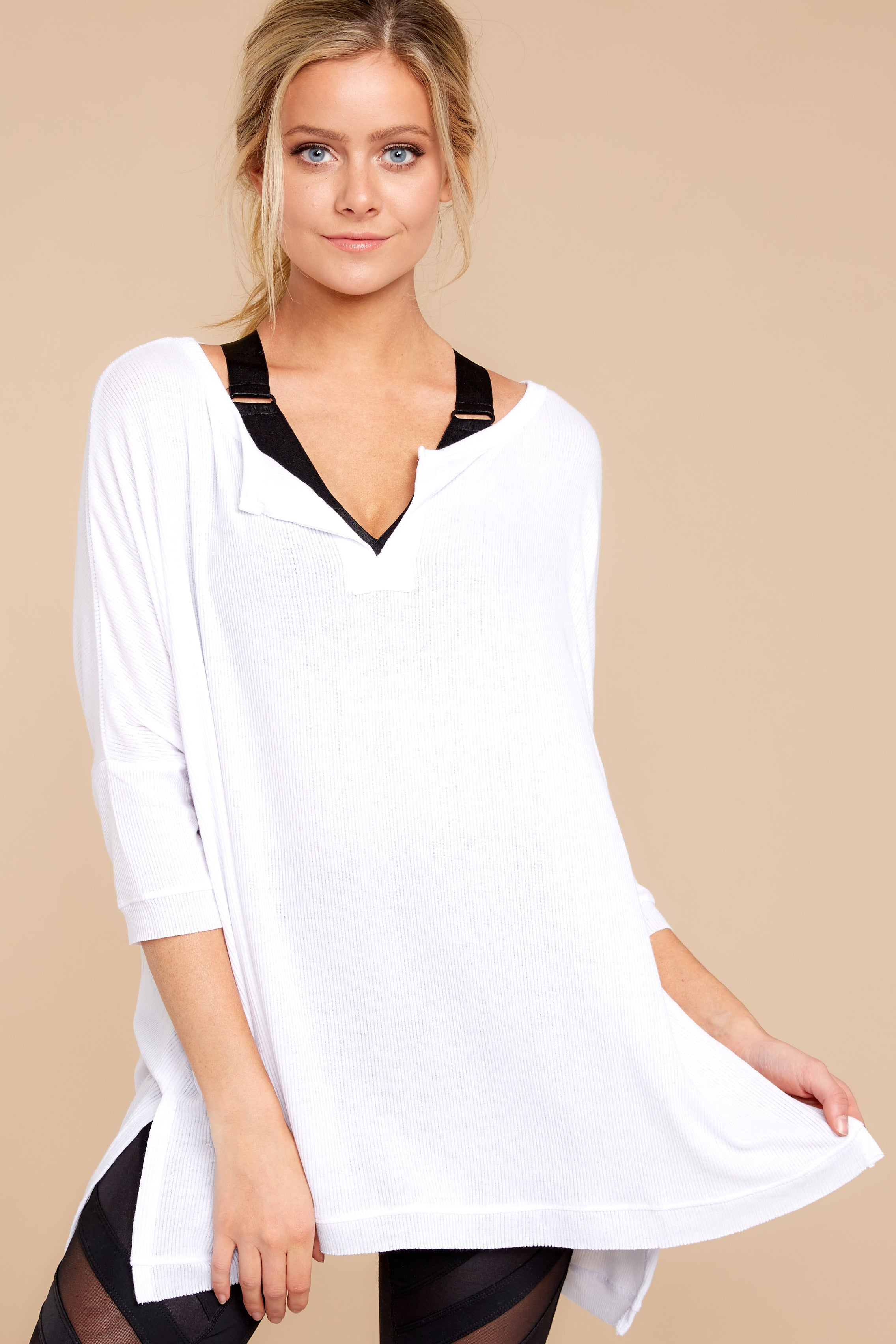 1 On The Run White Top at reddressboutique.com