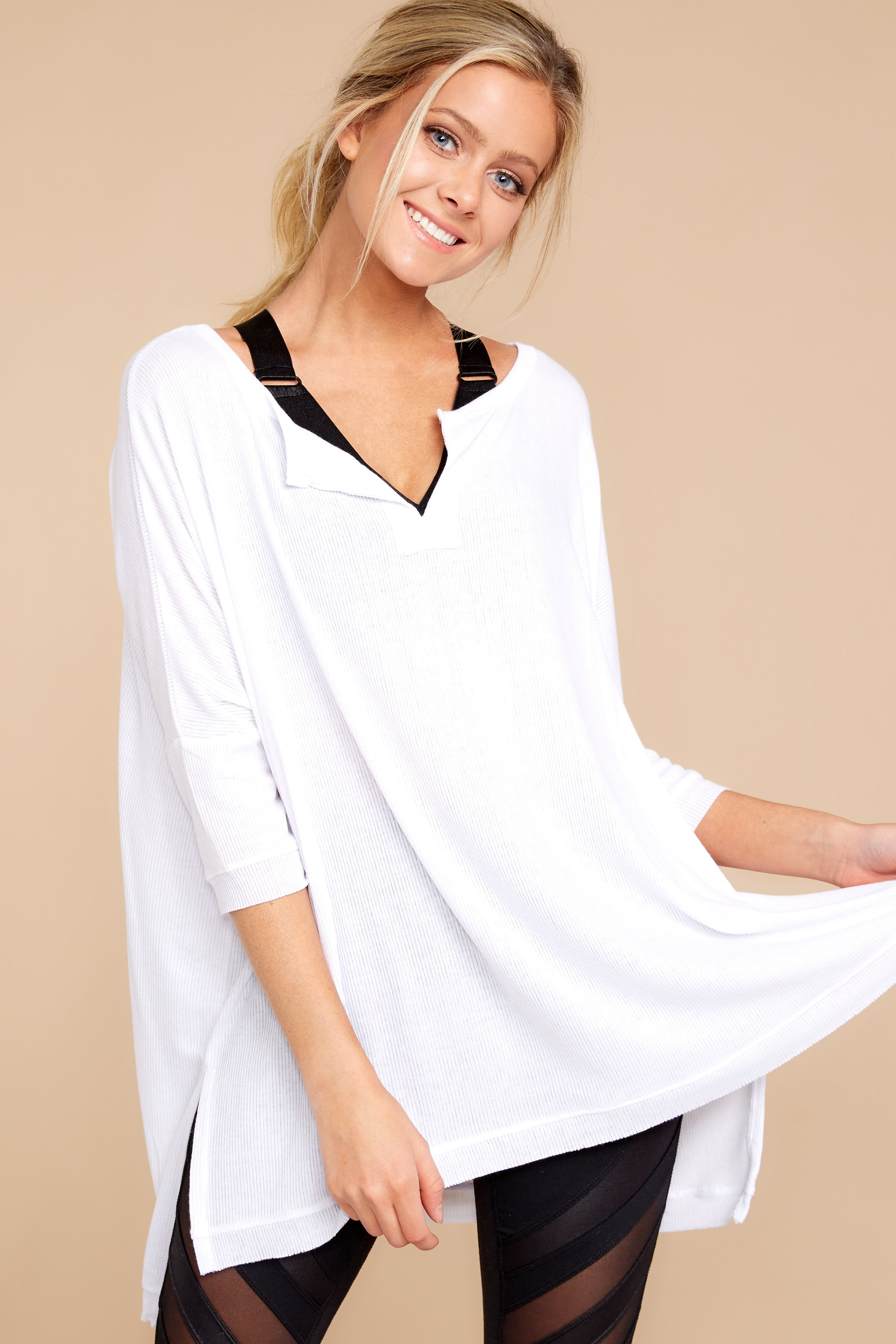 2 On The Run White Top at reddressboutique.com