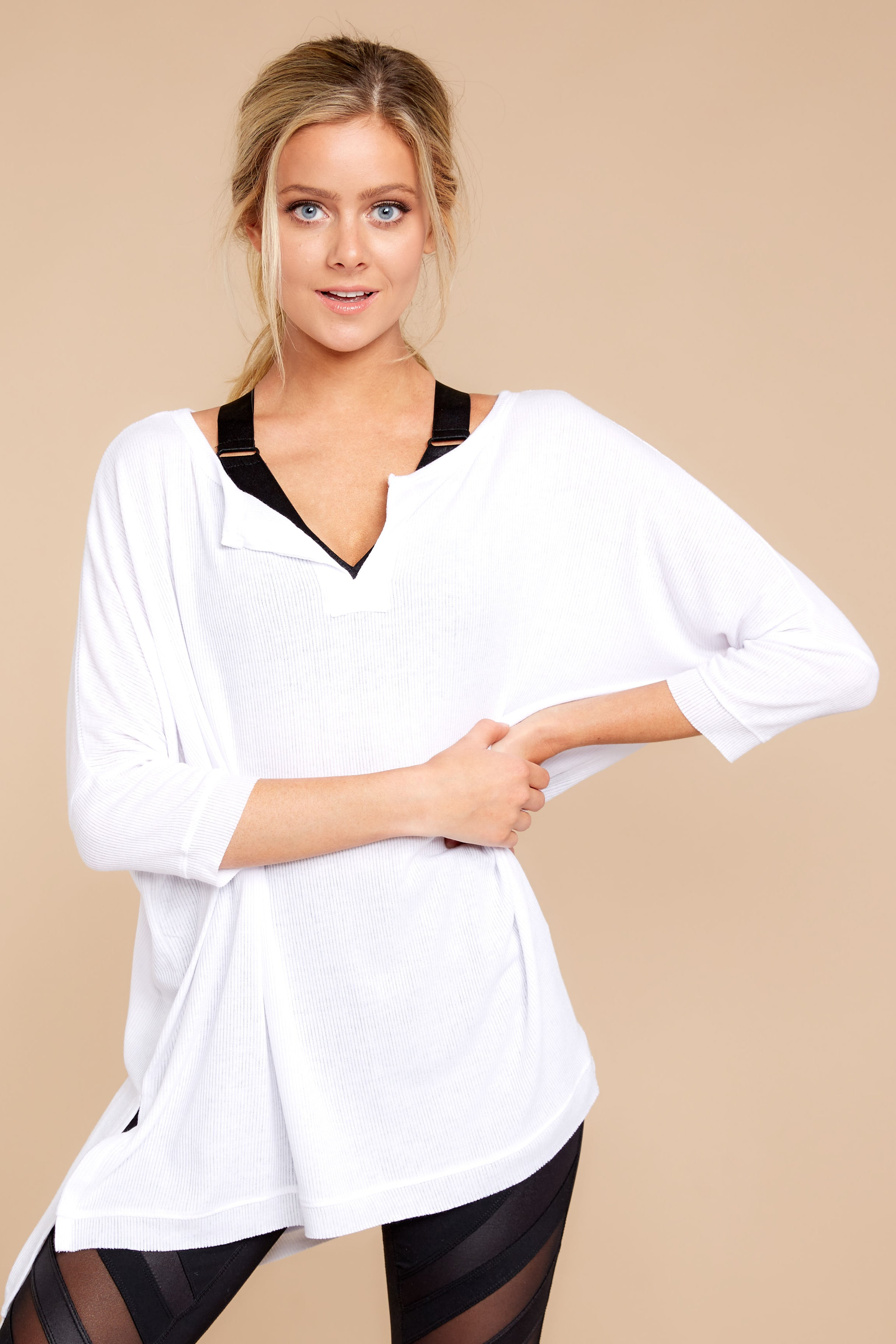 5 On The Run White Top at reddressboutique.com