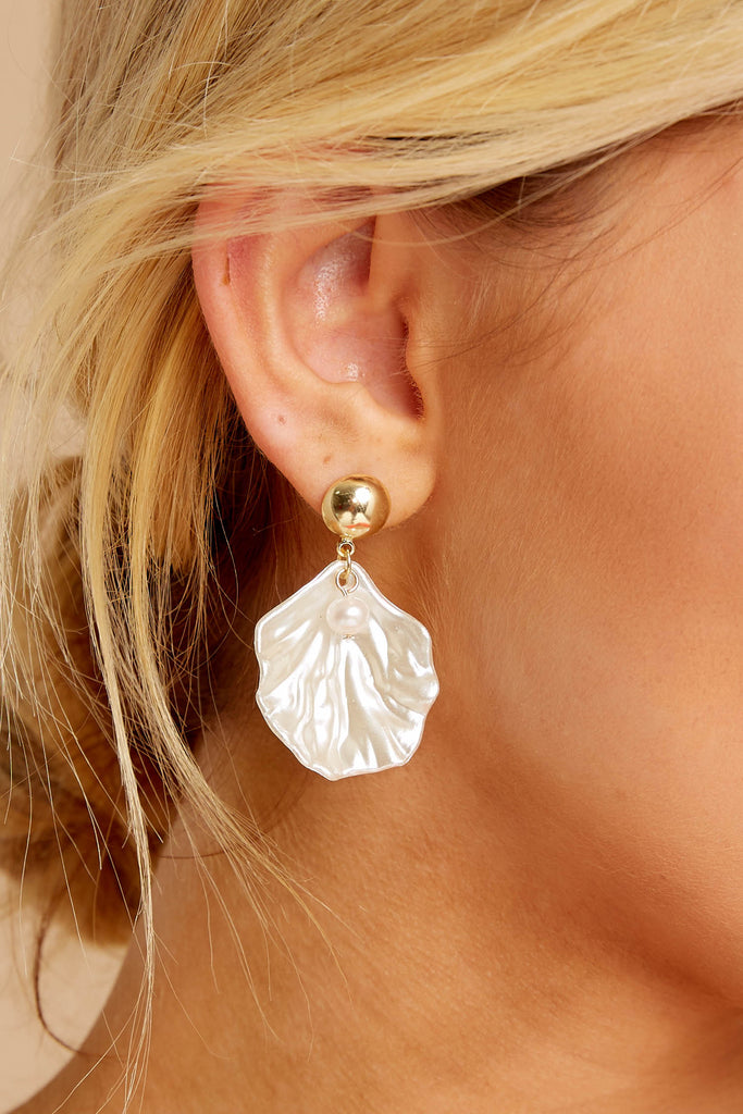 Little Promises White Beaded Shell Earrings