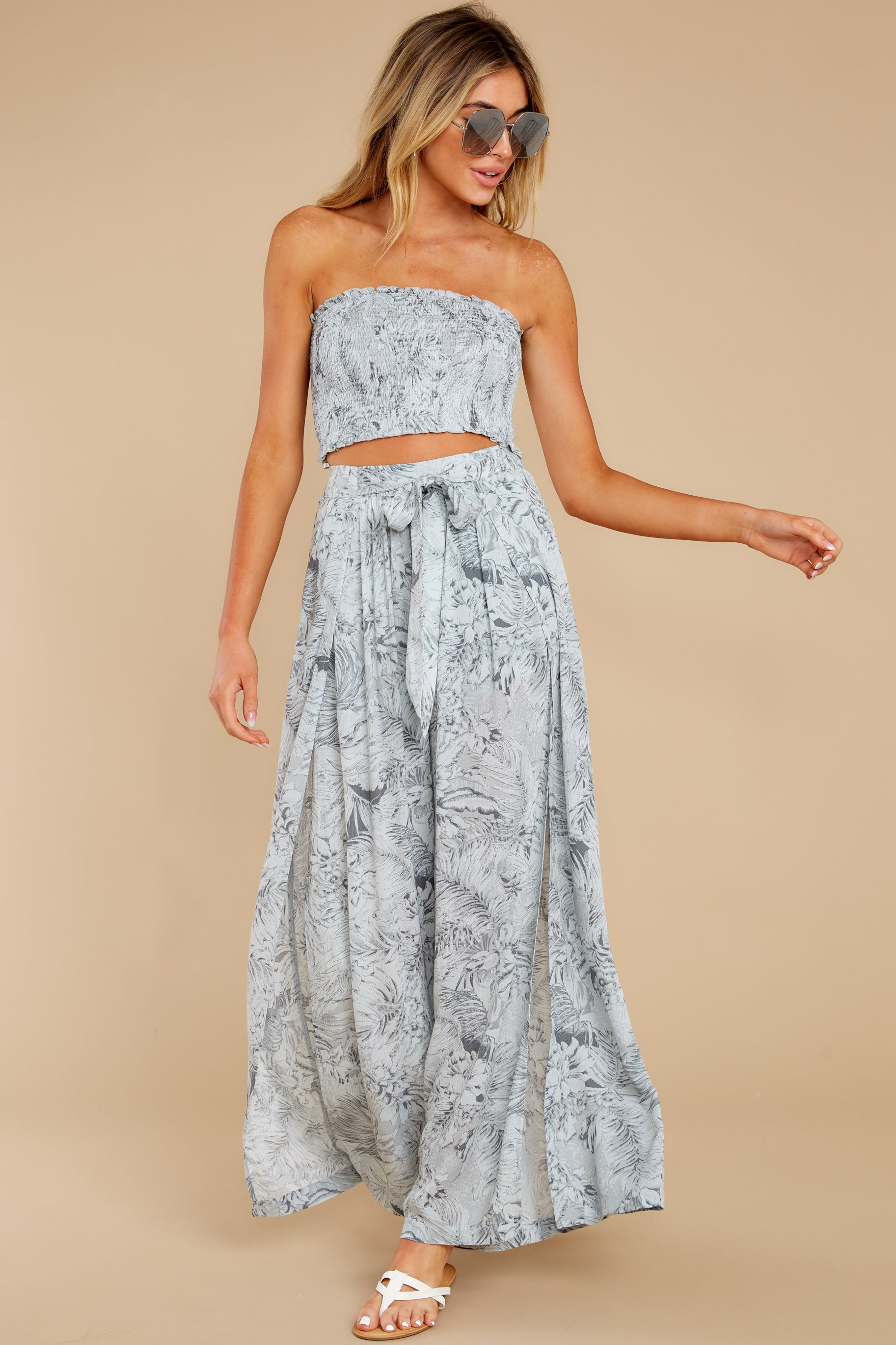 2 Under The Palms Dove Grey Tropical Print Two Piece Set at reddress.com