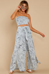 4 Under The Palms Dove Grey Tropical Print Two Piece Set at reddress.com
