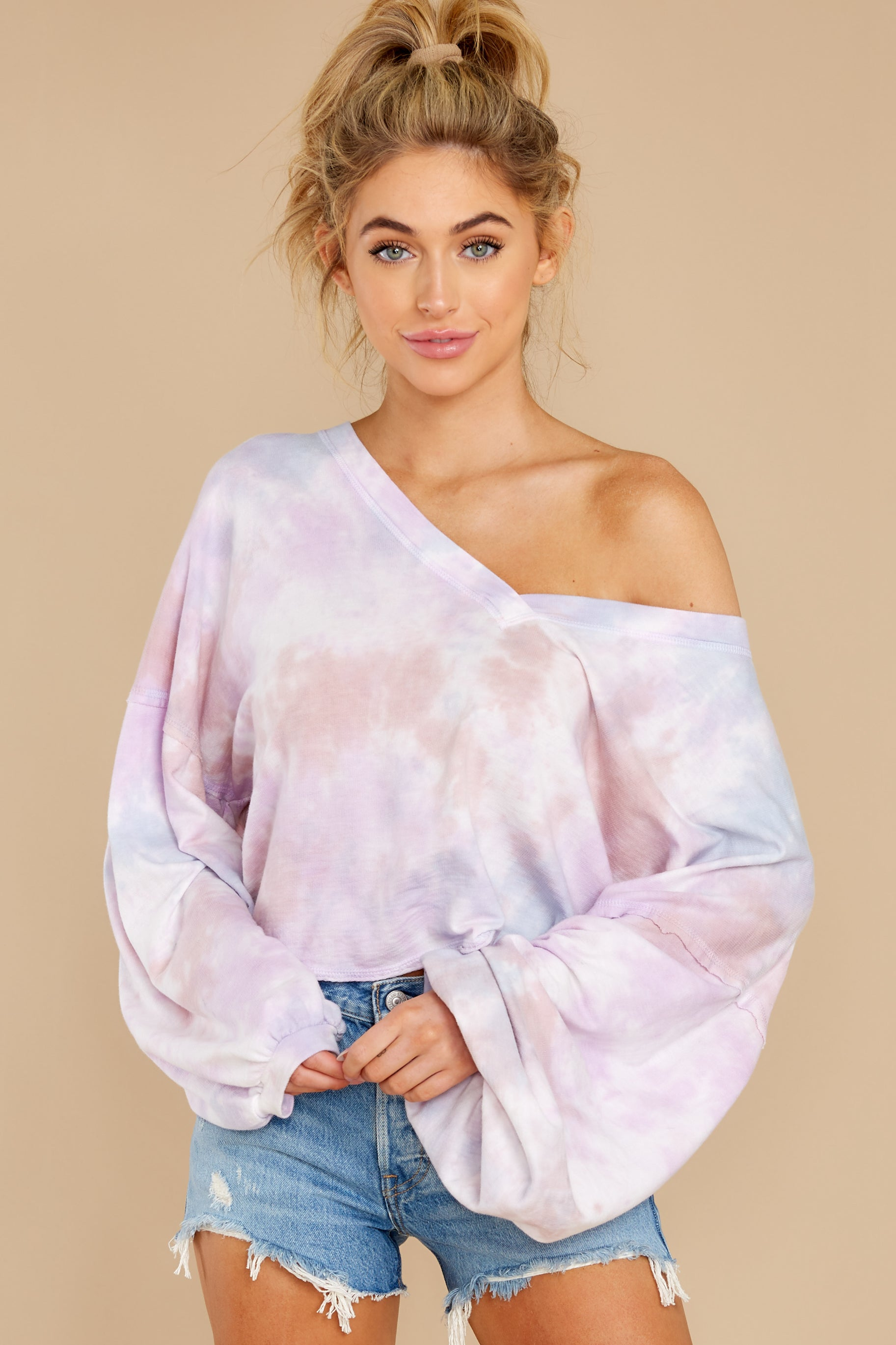 6 Feel Like Flying Lavender Multi Tie Dye Top at reddress.com