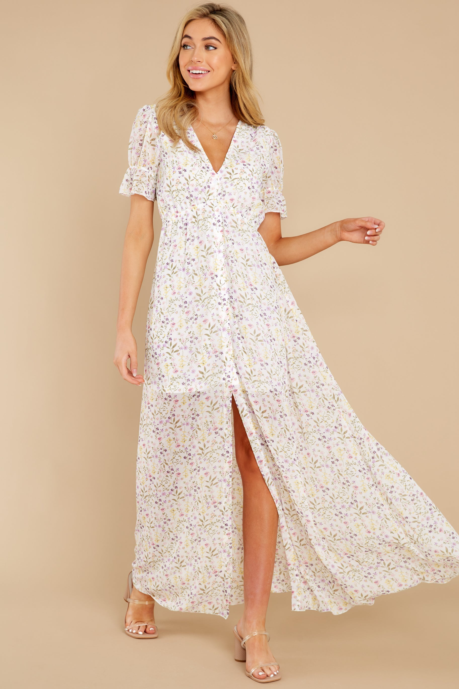4 Work Of Art White Floral Print Maxi Dress at reddress.com