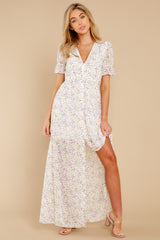 6 Work Of Art White Floral Print Maxi Dress at reddress.com