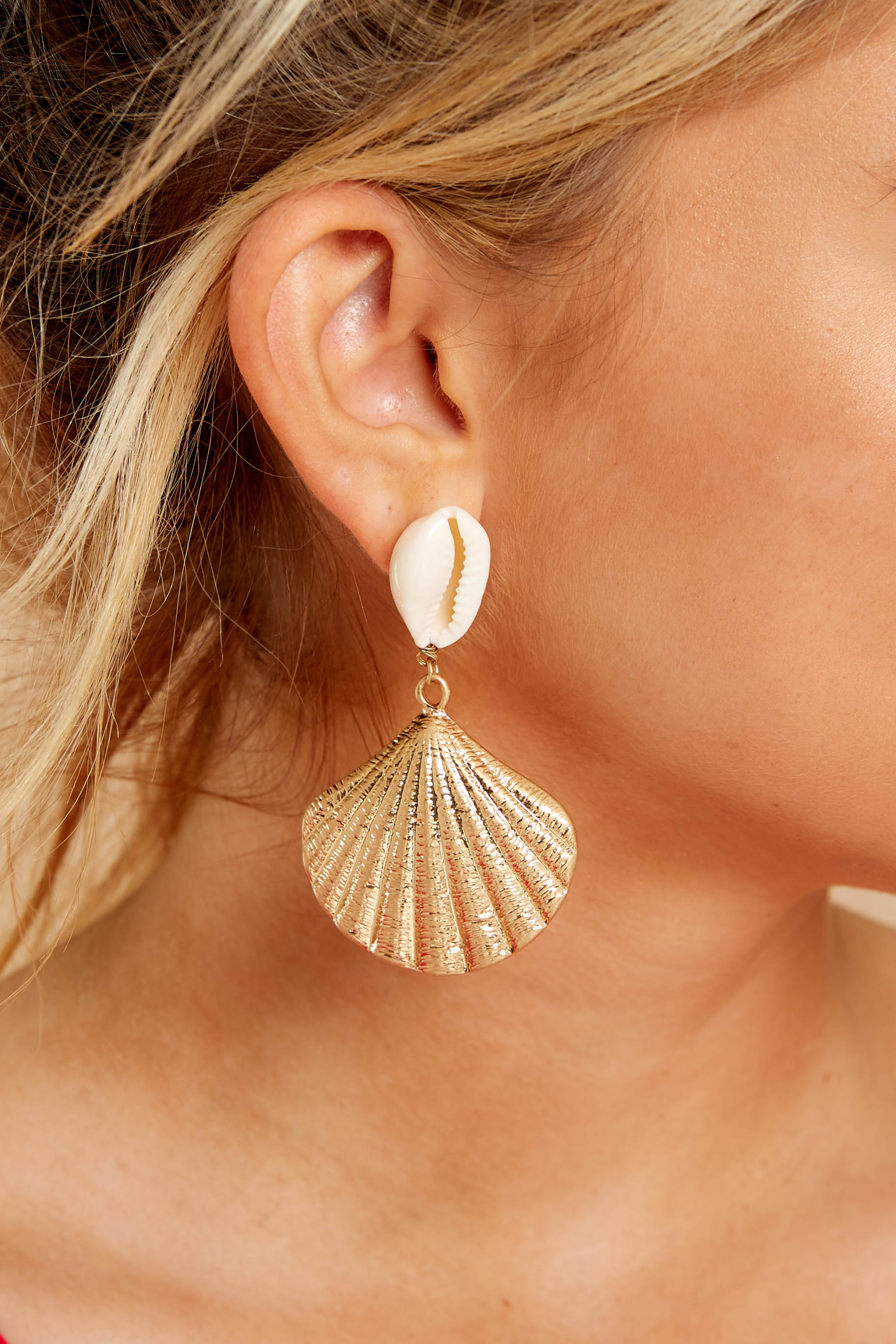 Going Easy Gold Shell Earrings