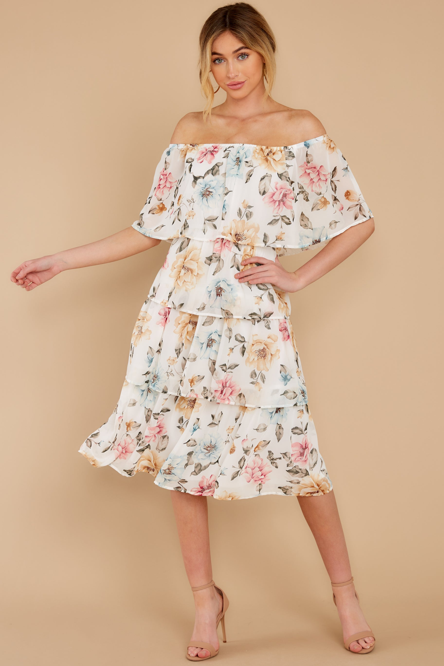 2 In My Dreams Ivory Floral Print Midi Dress at reddress.com