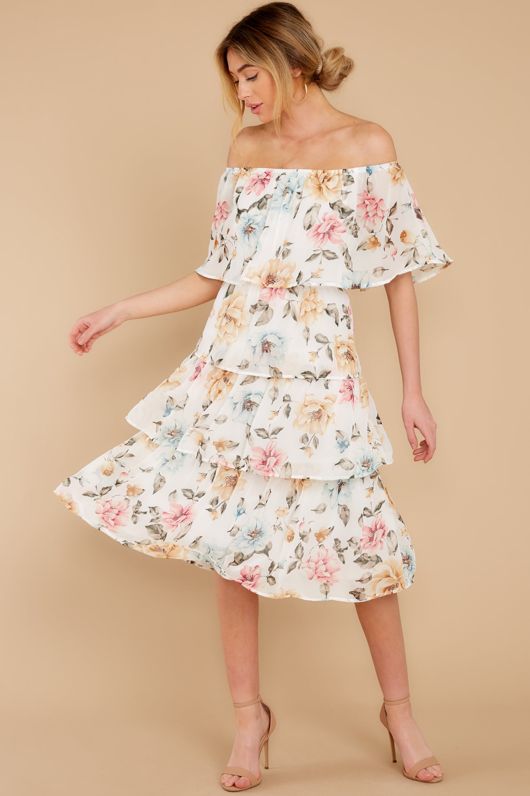 4 In My Dreams Ivory Floral Print Midi Dress at reddress.com