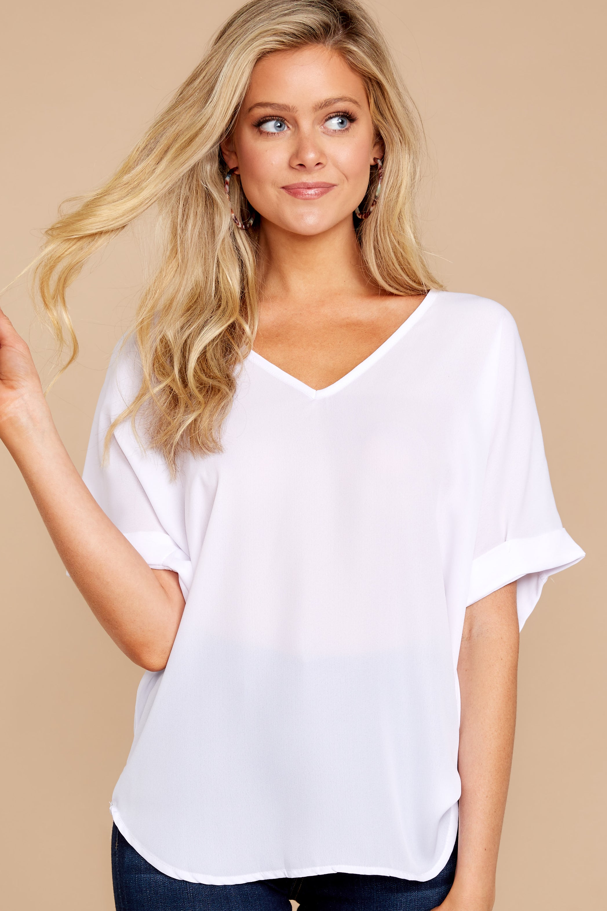 5 Everyday Classic White Top at reddressboutique.com