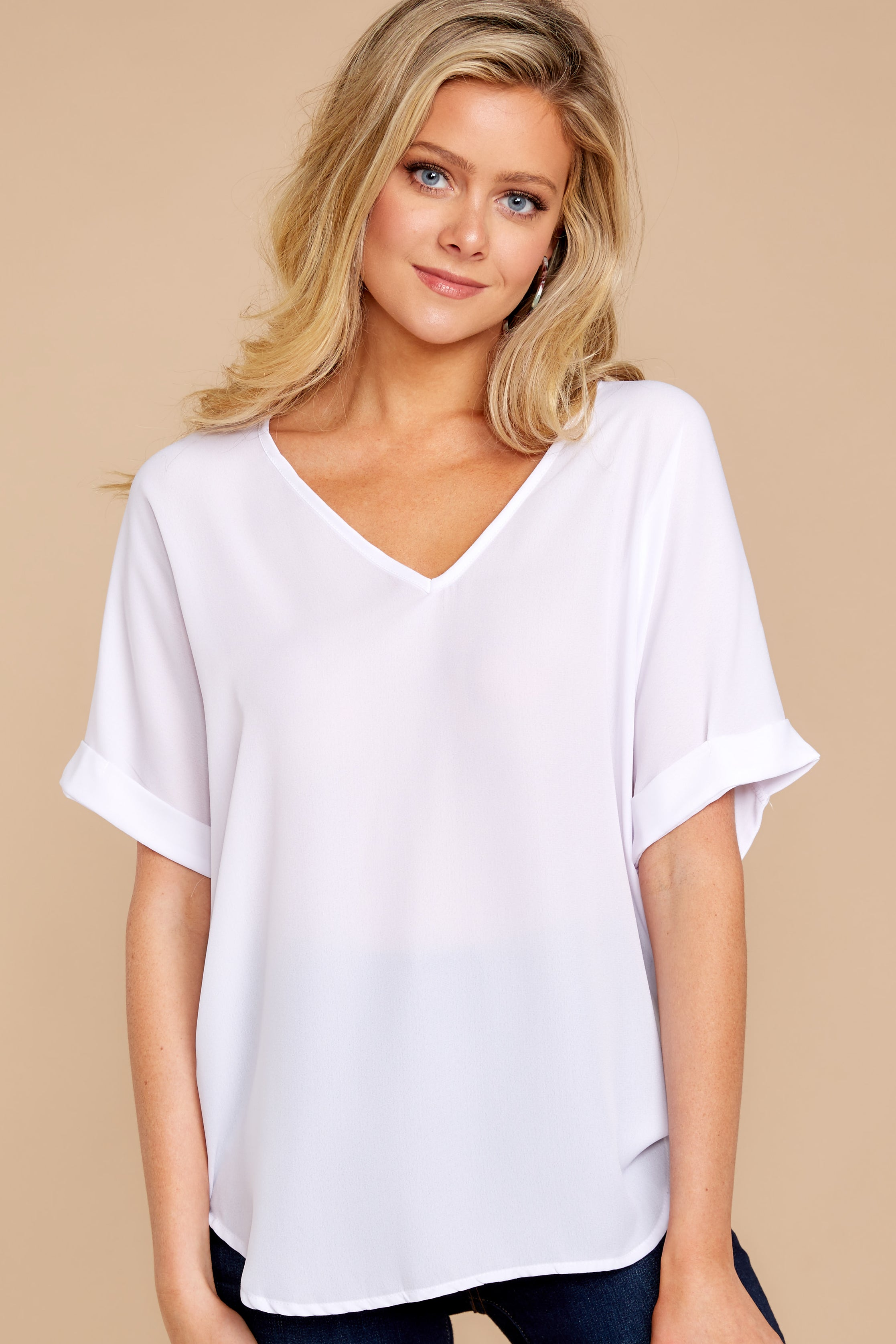 8 Everyday Classic White Top at reddressboutique.com