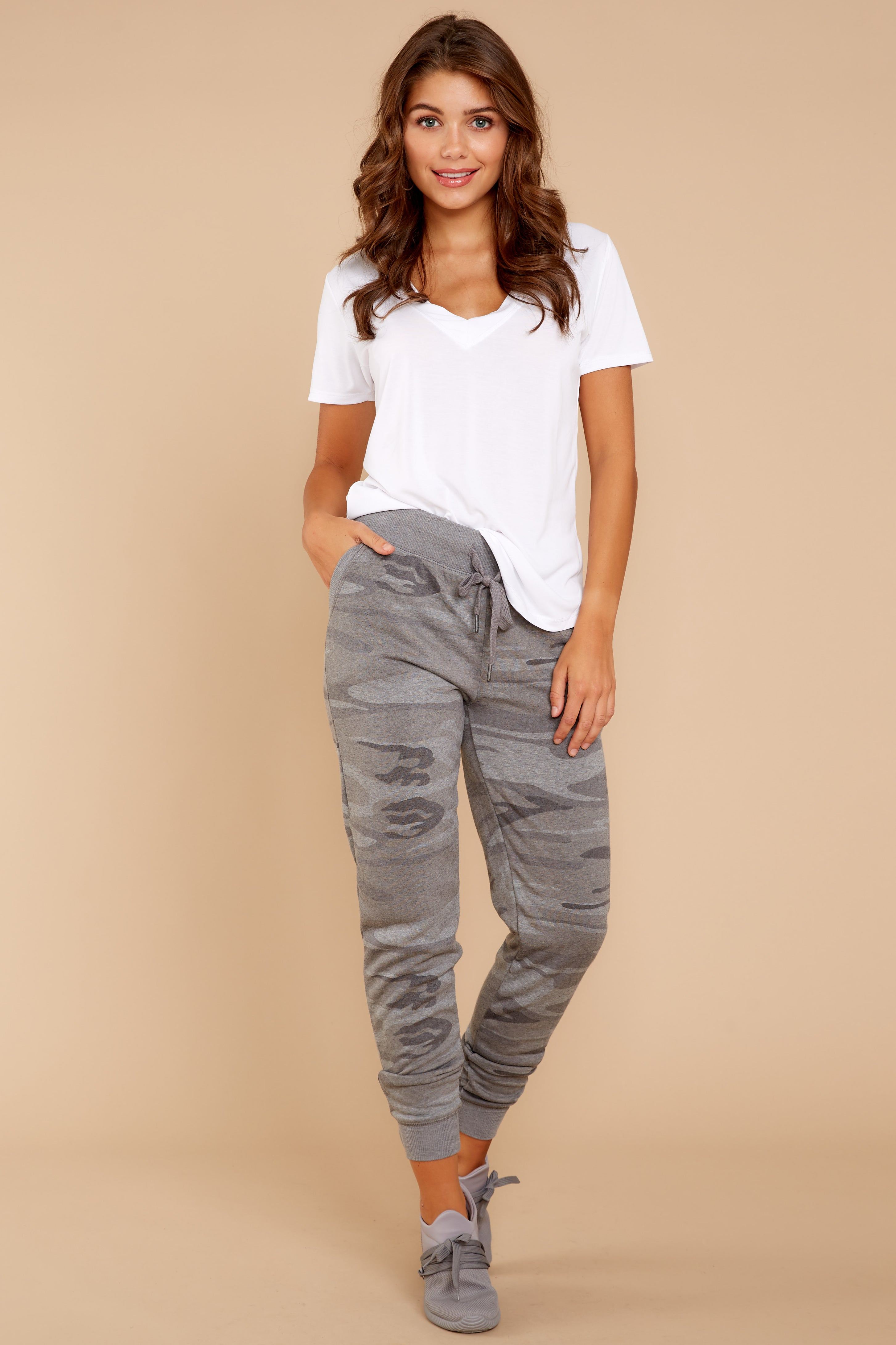 5 Loft Fleece Camo Jogger Pants In Camo Dark Grey at reddressboutique.com