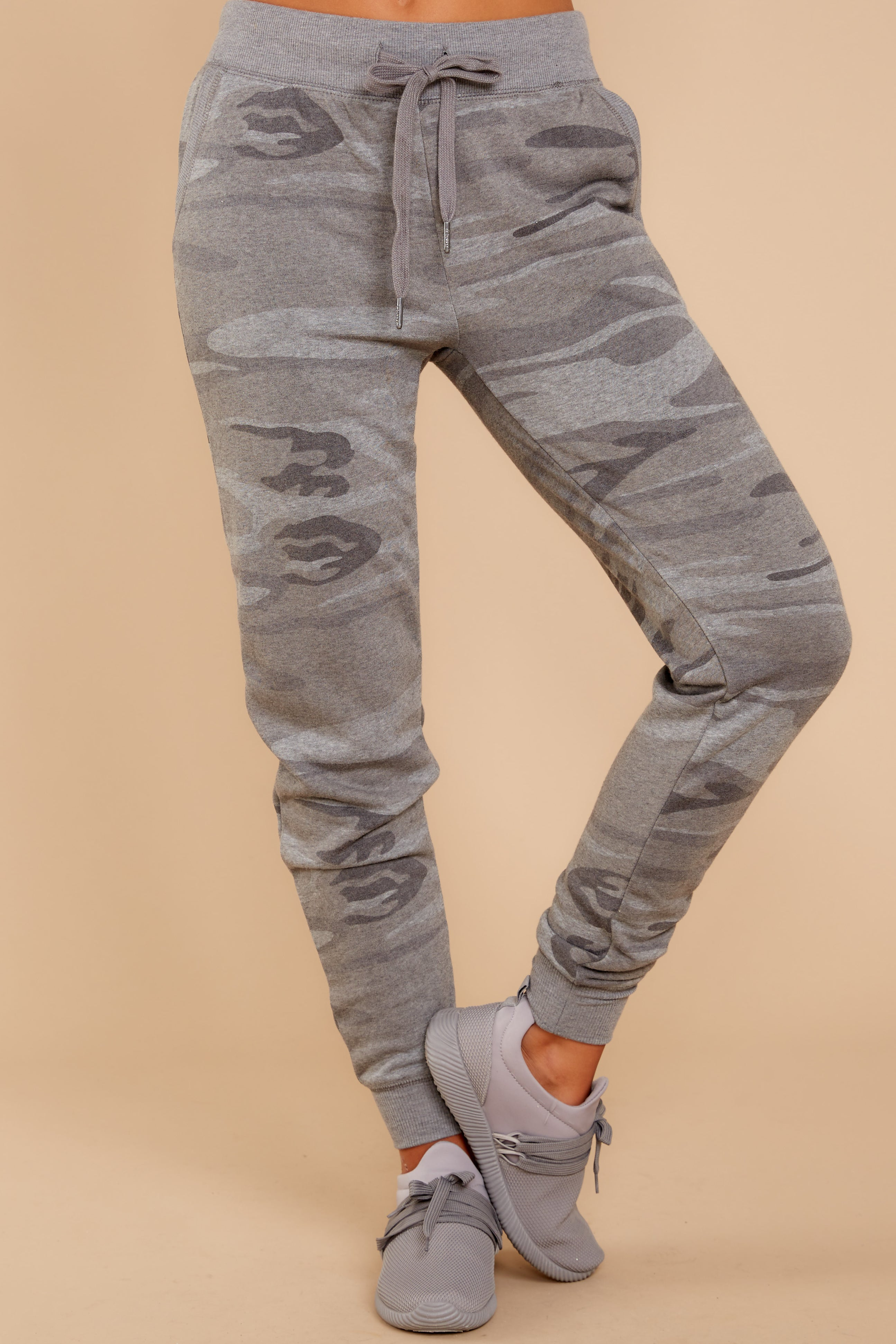 2 Loft Fleece Camo Jogger Pants In Camo Dark Grey at reddressboutique.com