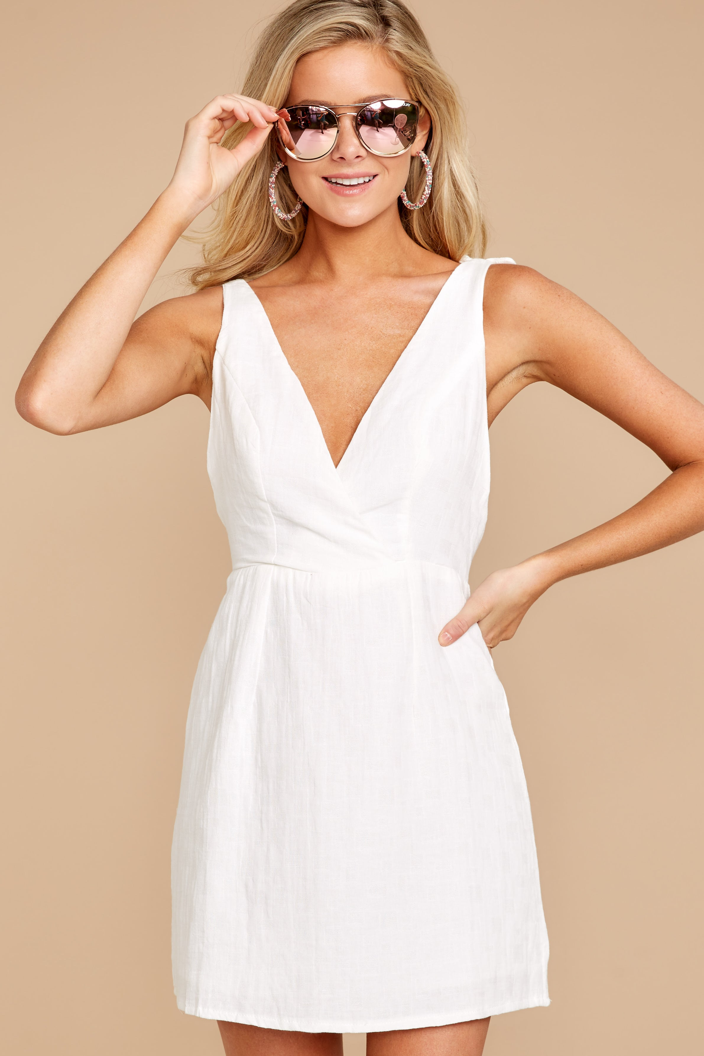 5 Feeling Your Best White Dress at reddressboutique.com