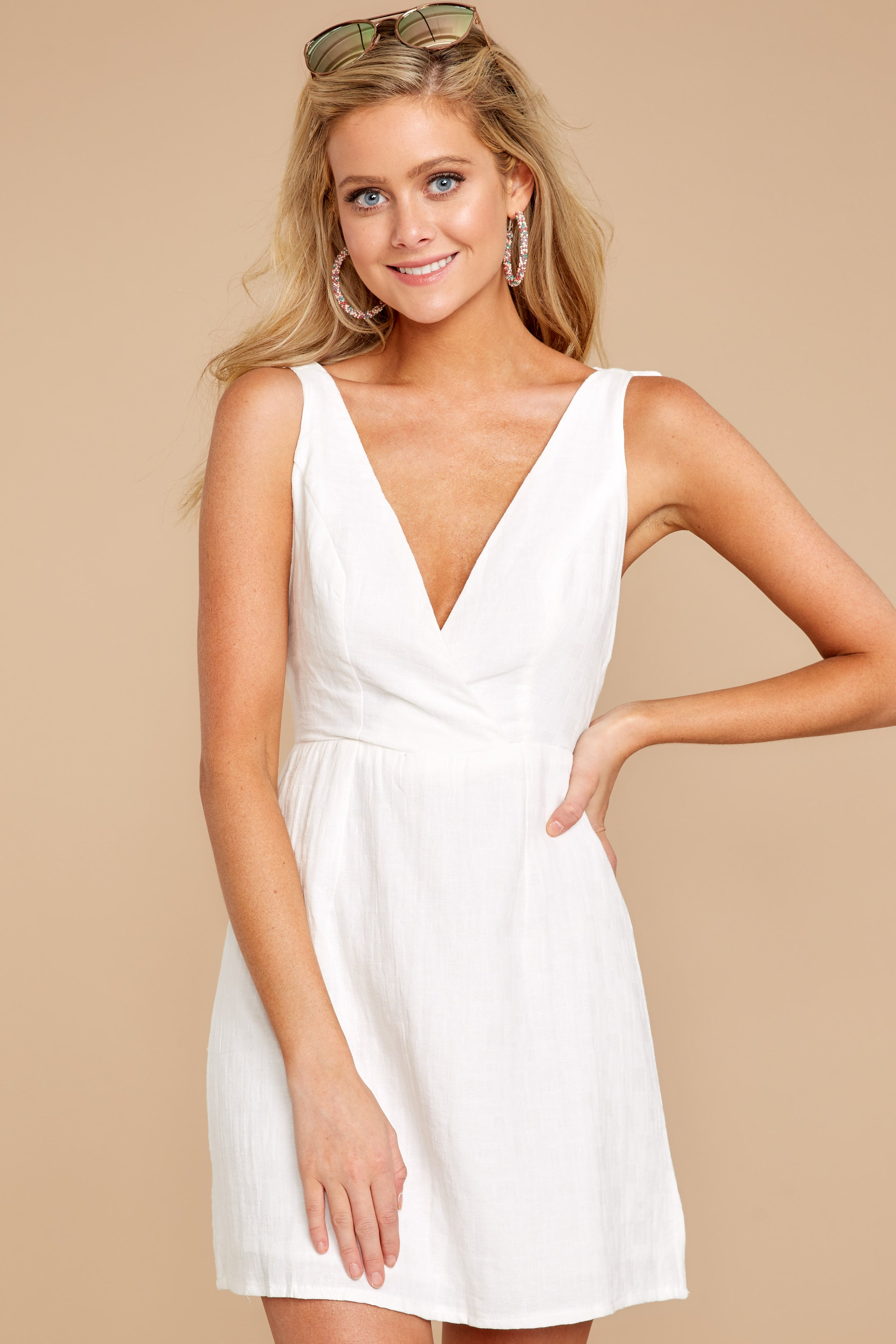 6 Feeling Your Best White Dress at reddressboutique.com