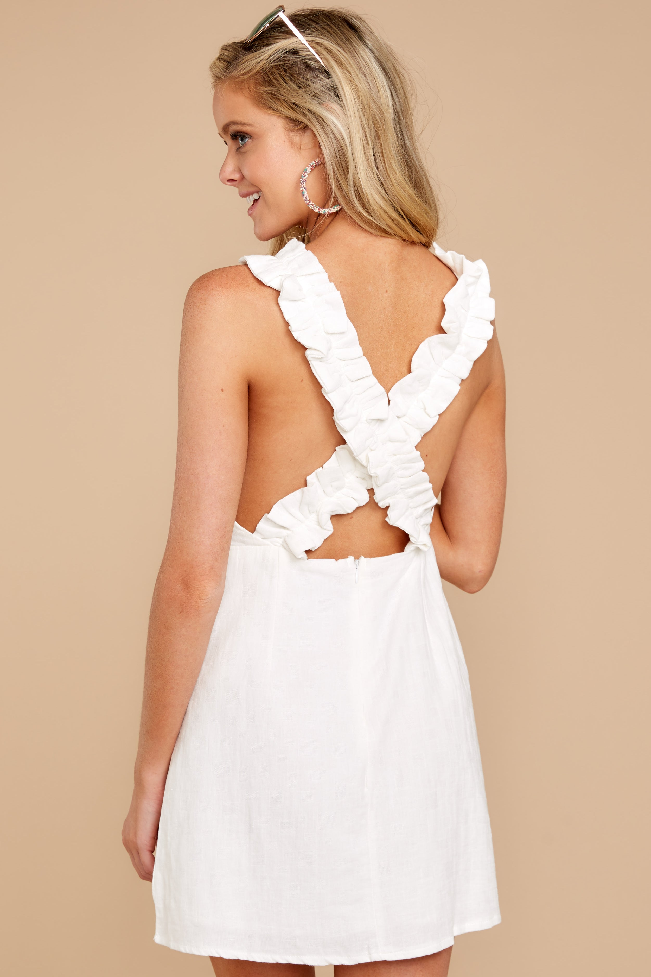7 Feeling Your Best White Dress at reddressboutique.com