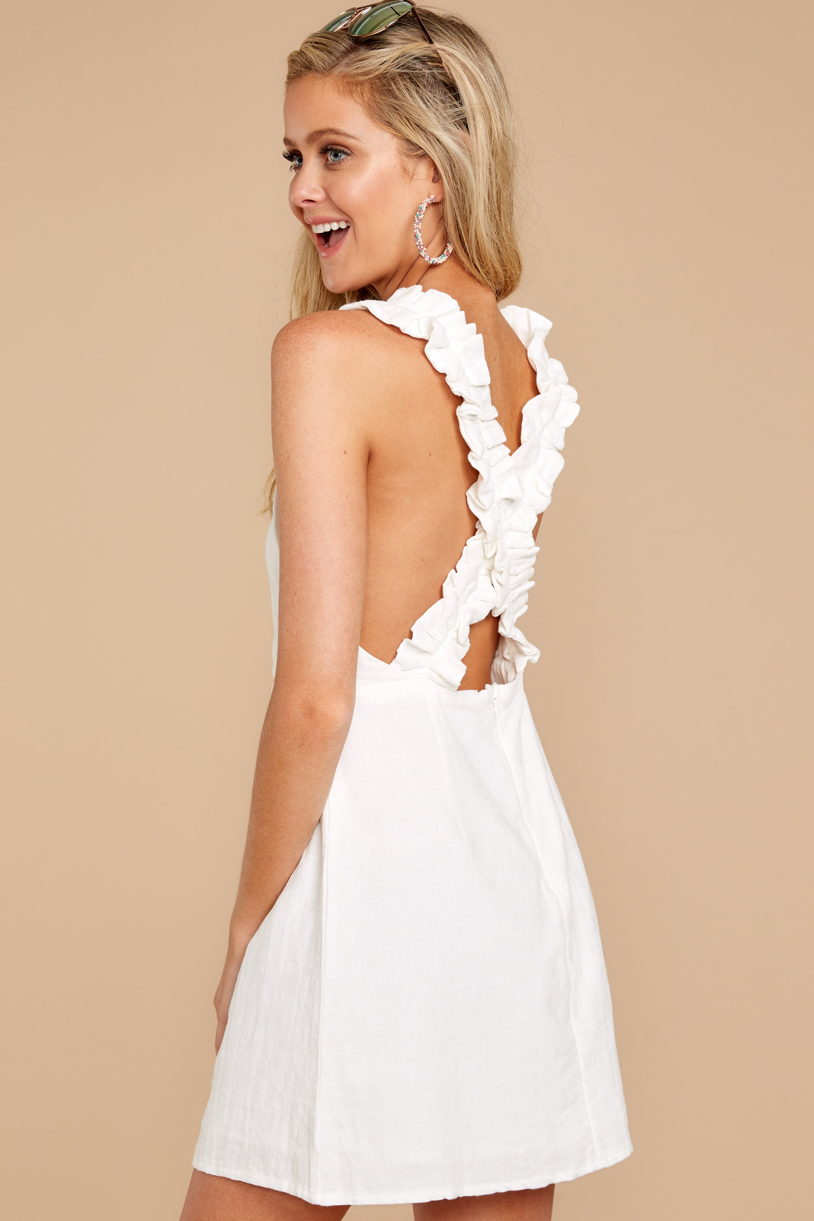 8 Feeling Your Best White Dress at reddressboutique.com