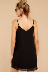 7 Effortless Style Black Dress at reddressboutique.com