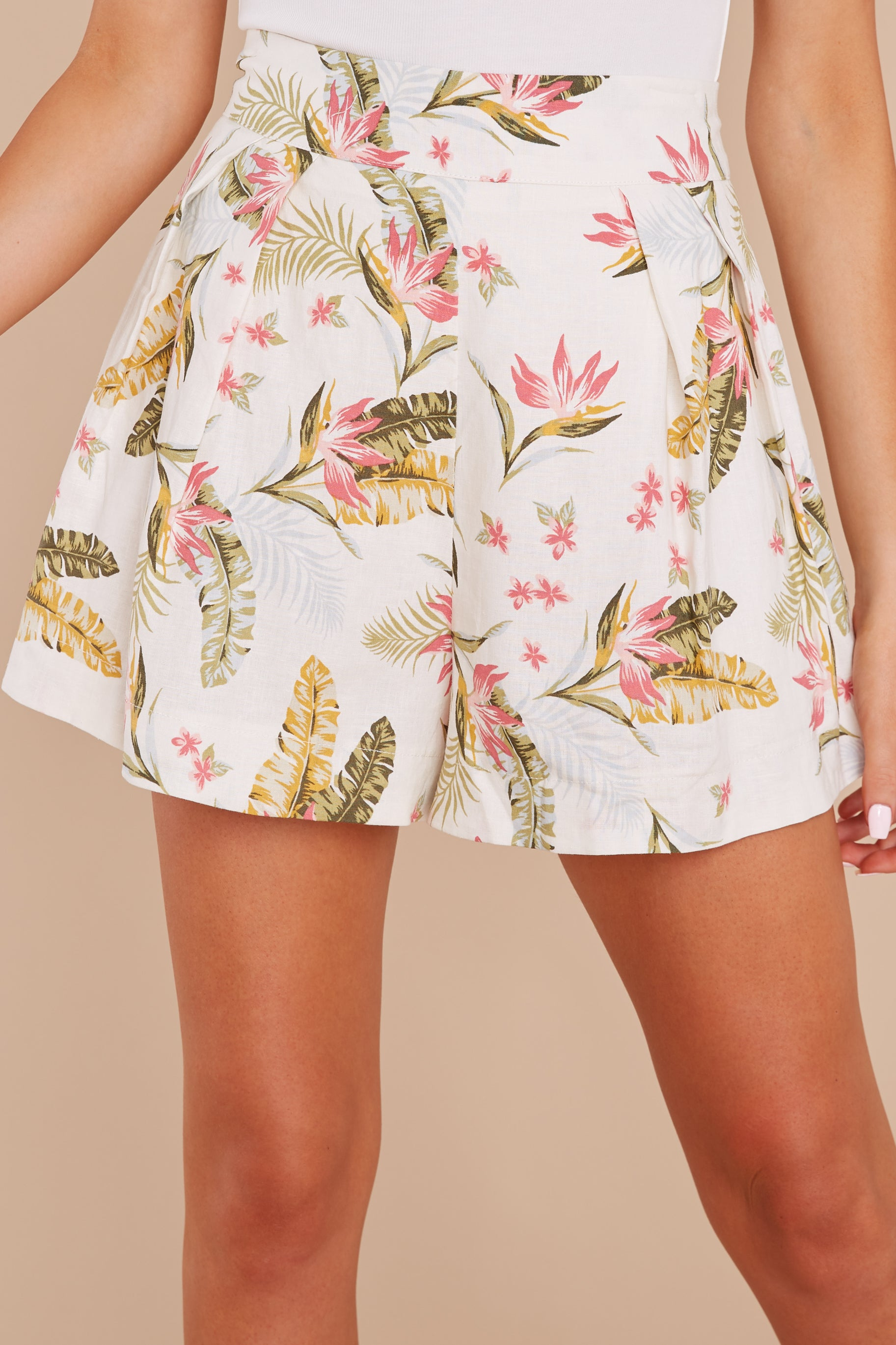 1 Never Coming Back Ivory Tropical Print Shorts at reddress.com