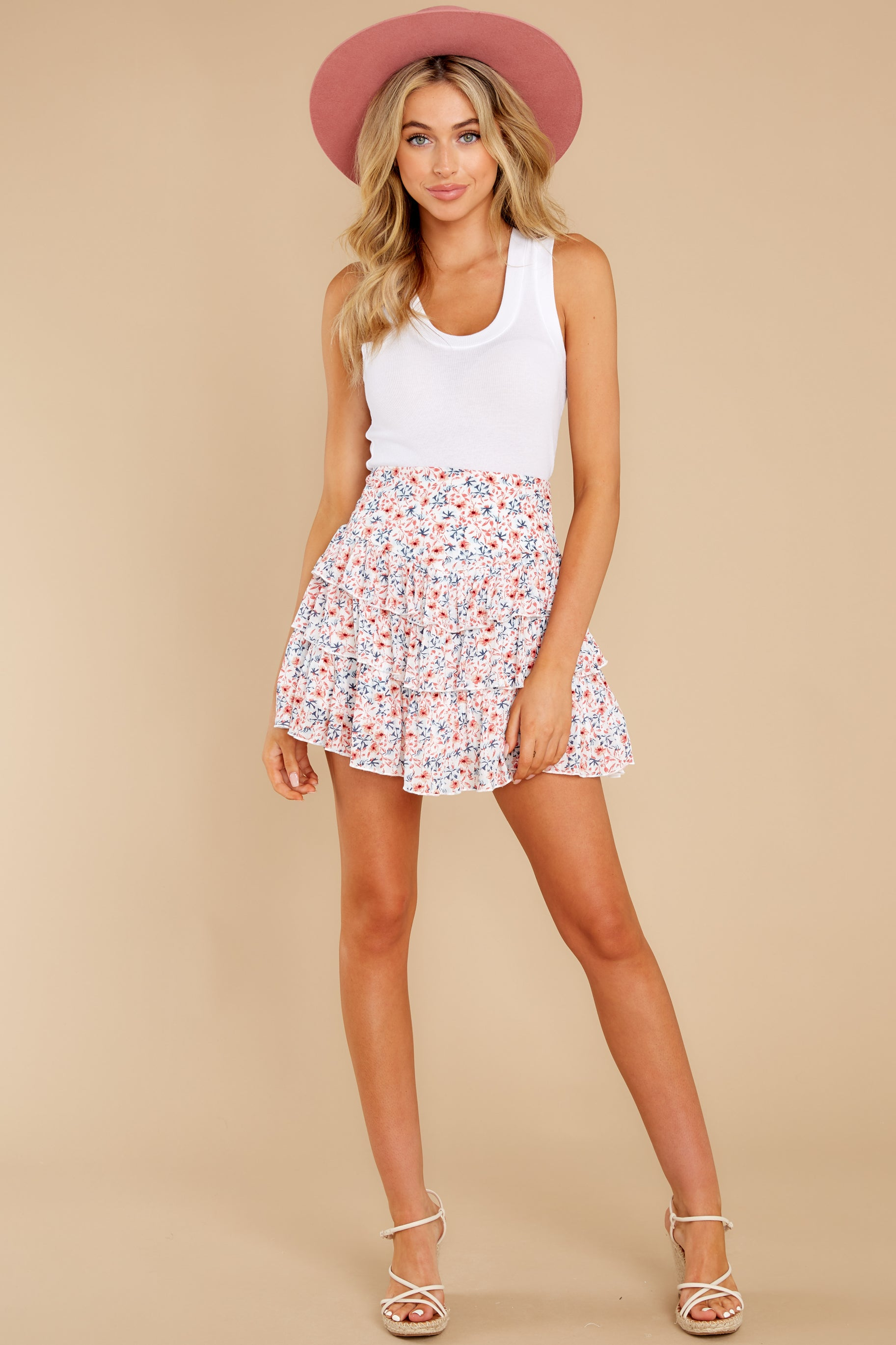 5 Heat Wave White Floral Print Mini Skirt at reddress.com