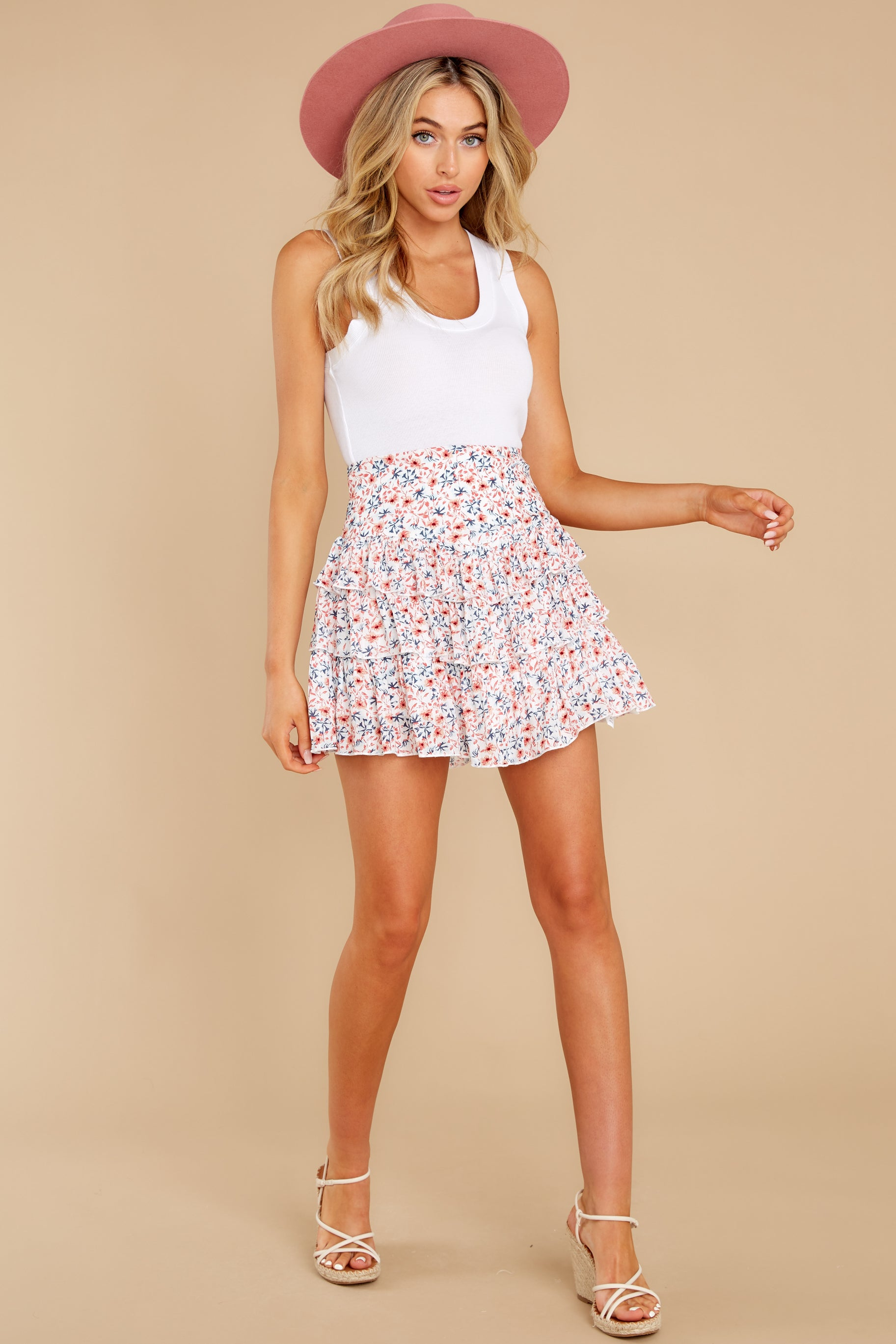 6 Heat Wave White Floral Print Mini Skirt at reddress.com