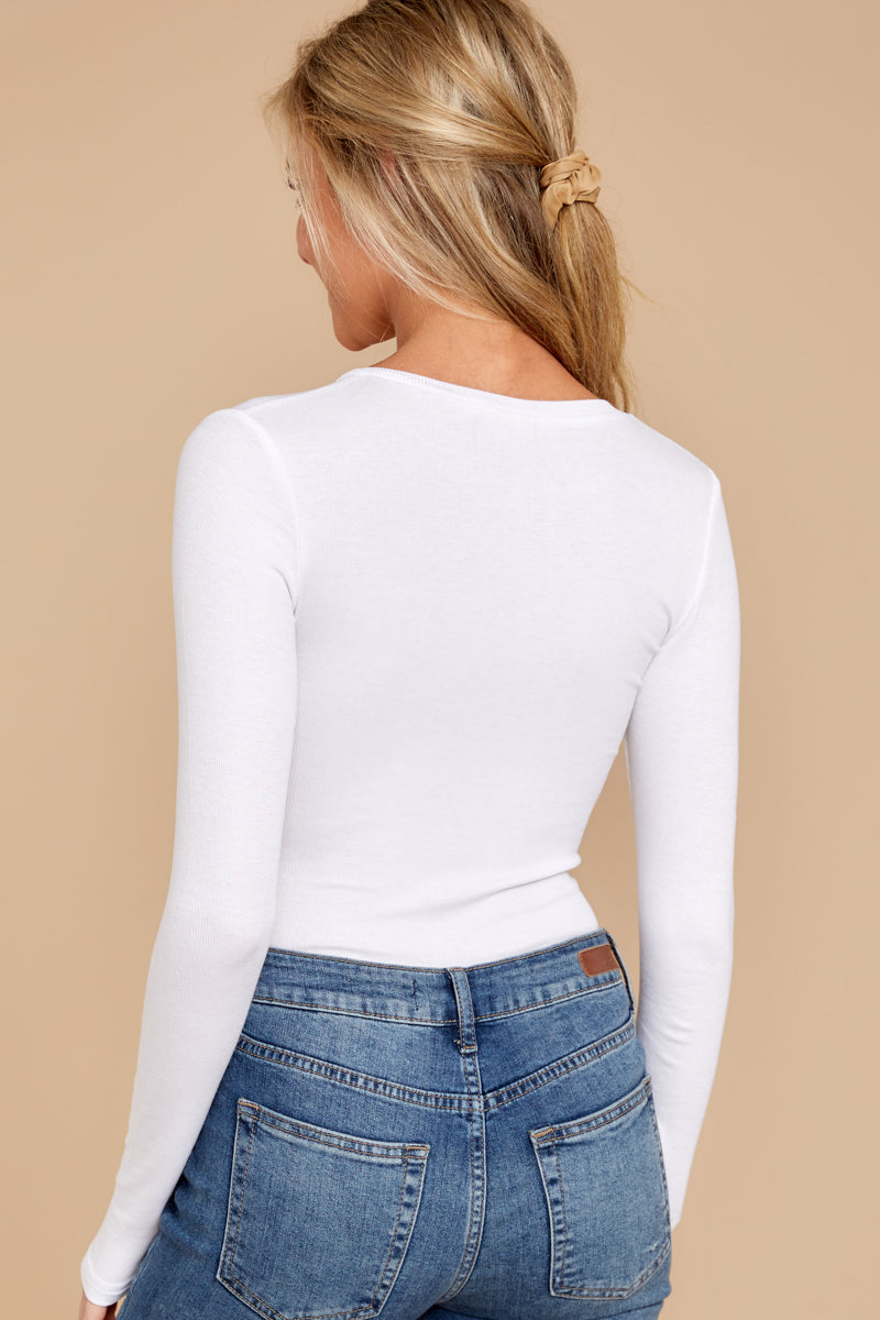 4 A Simple Favor White Long Sleeve Bodysuit at reddress.com