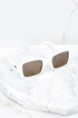 5 20's White Sunglasses at reddress.com