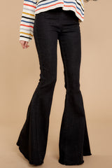 2 Diggin' These Black Flare Jeans at reddress.com