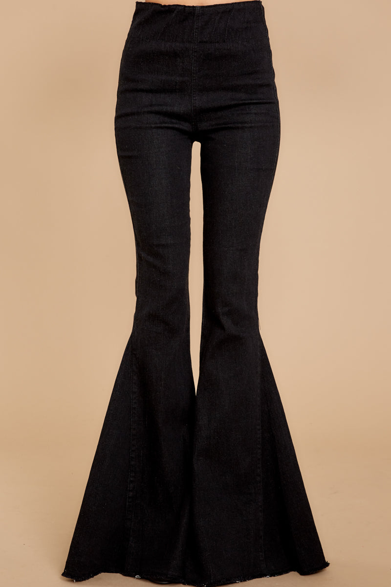3 Diggin' These Black Flare Jeans at reddress.com