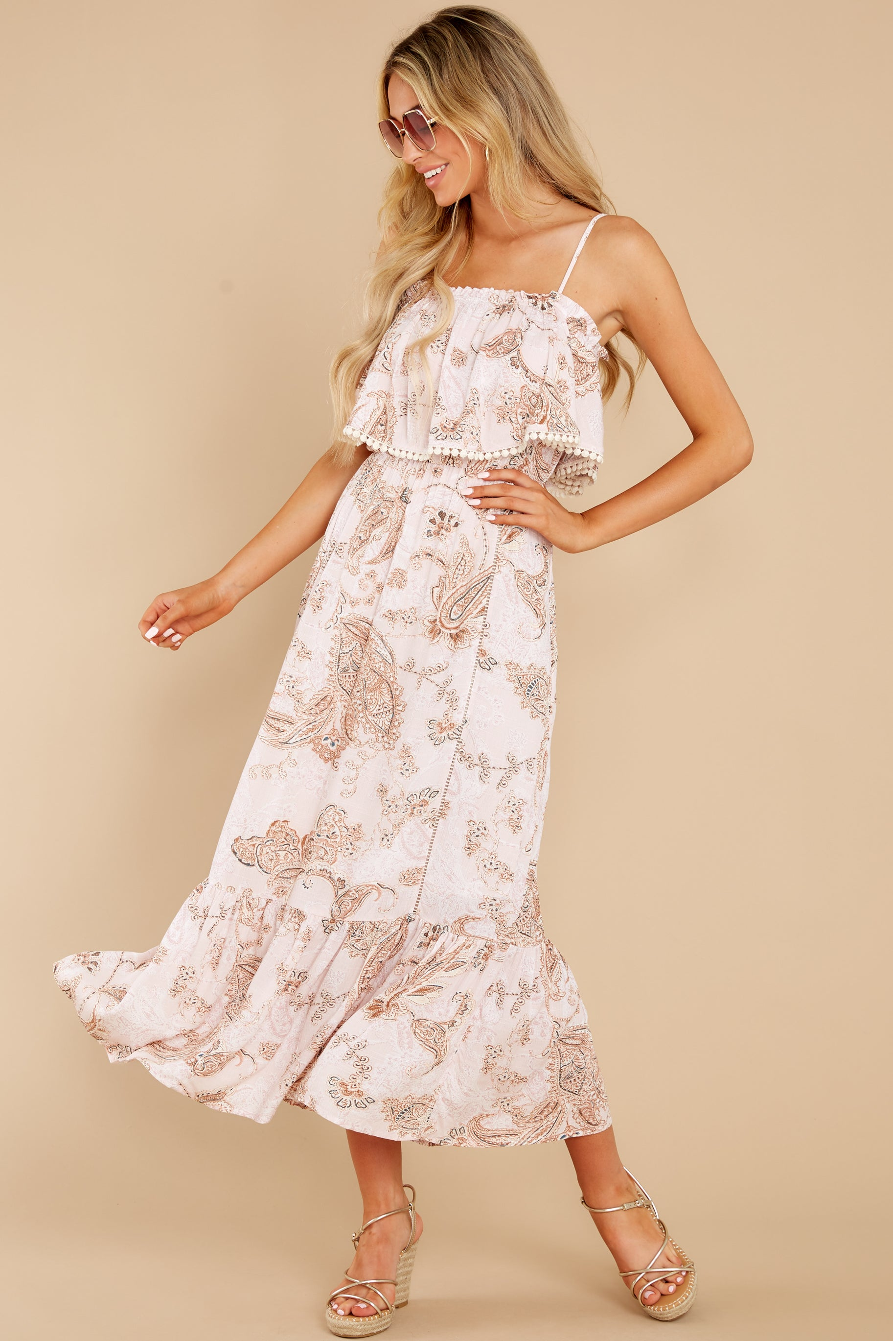2 Tableside Cutie Dusty Pink Floral Print Maxi Dress at reddress.com