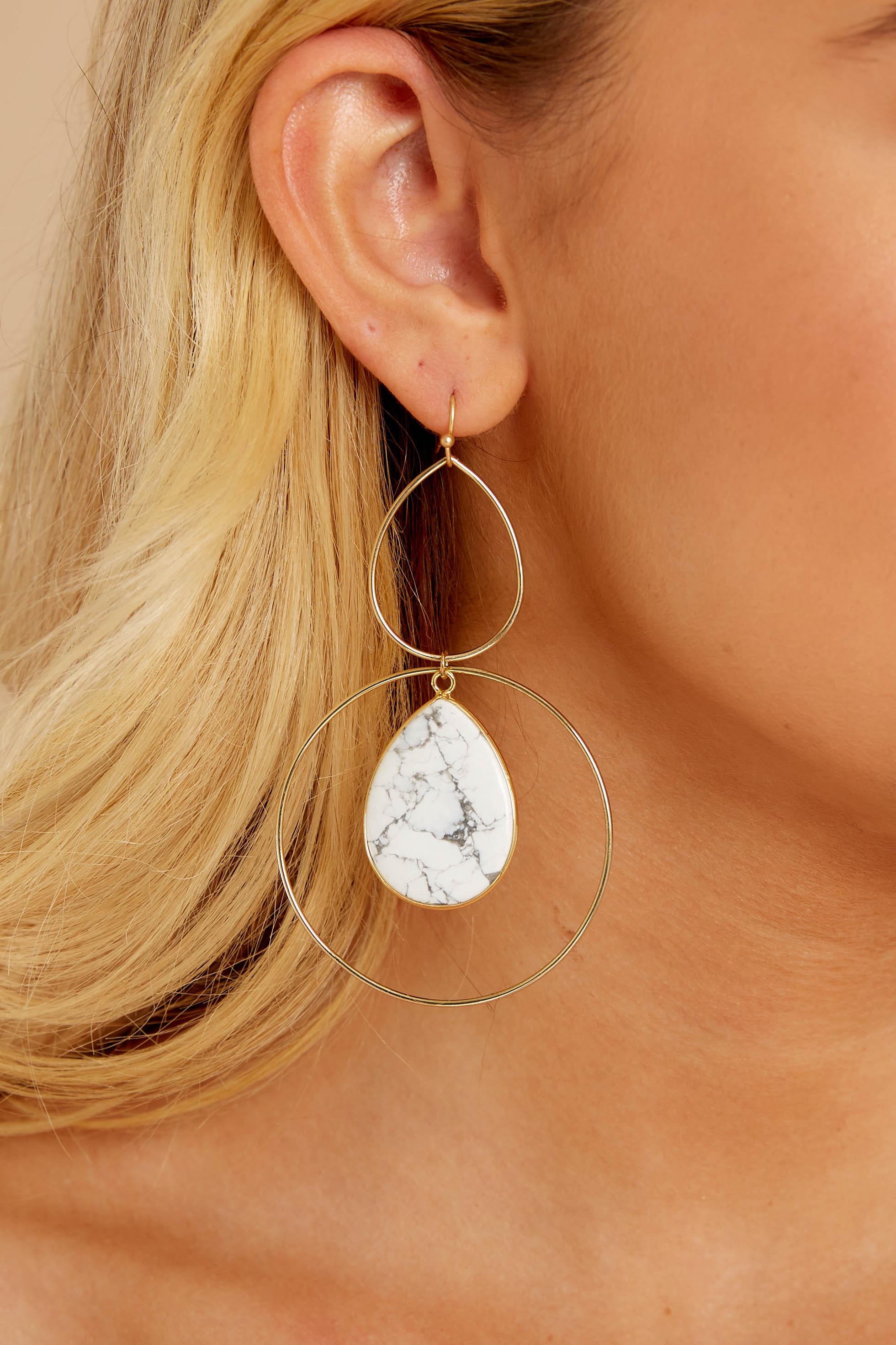 1 Trifecta Of Perfection White Marble Earrings at reddressboutique.com