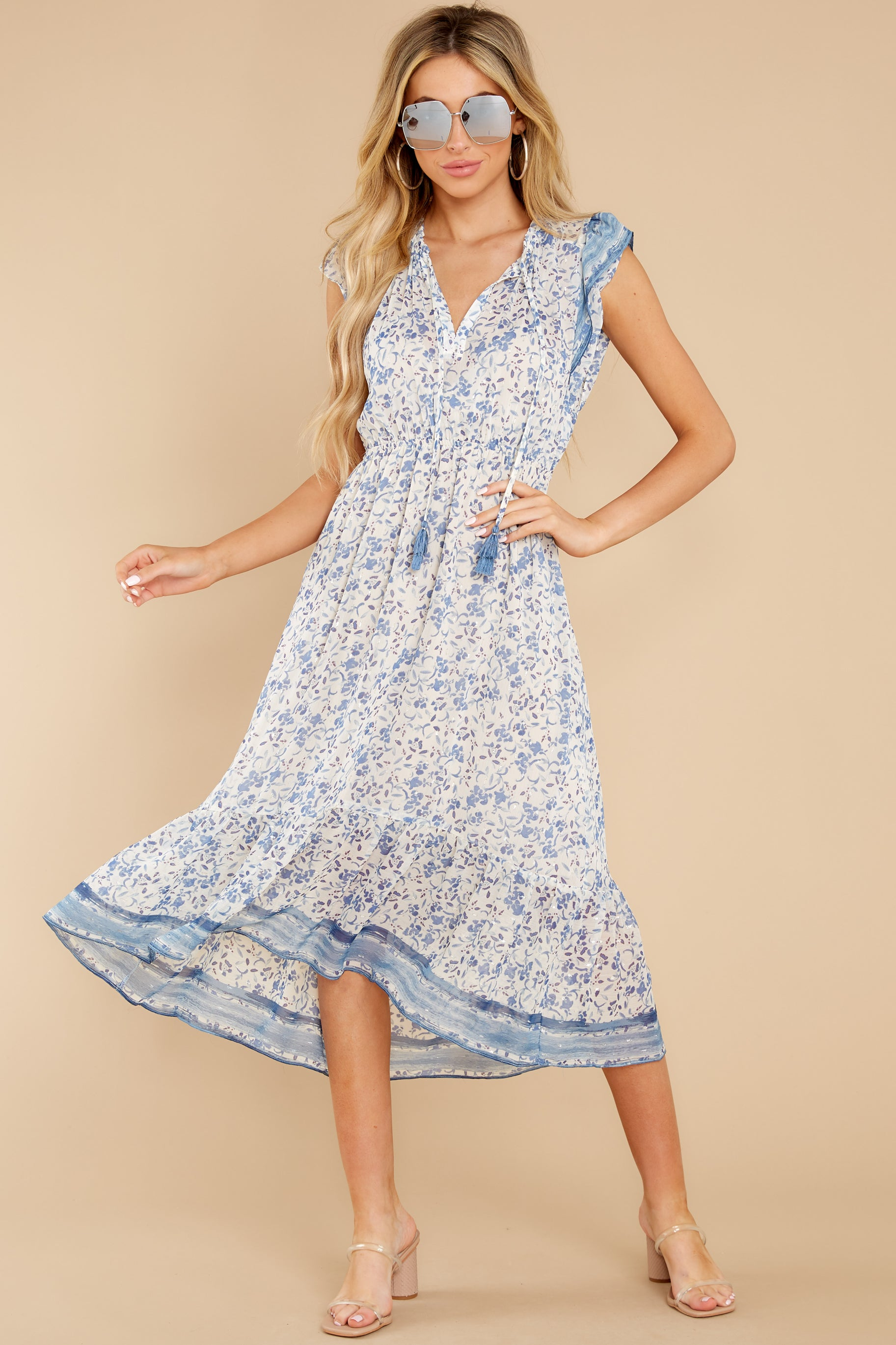 6 Nothing But Us Blue Floral Print Midi Dress at reddress.com