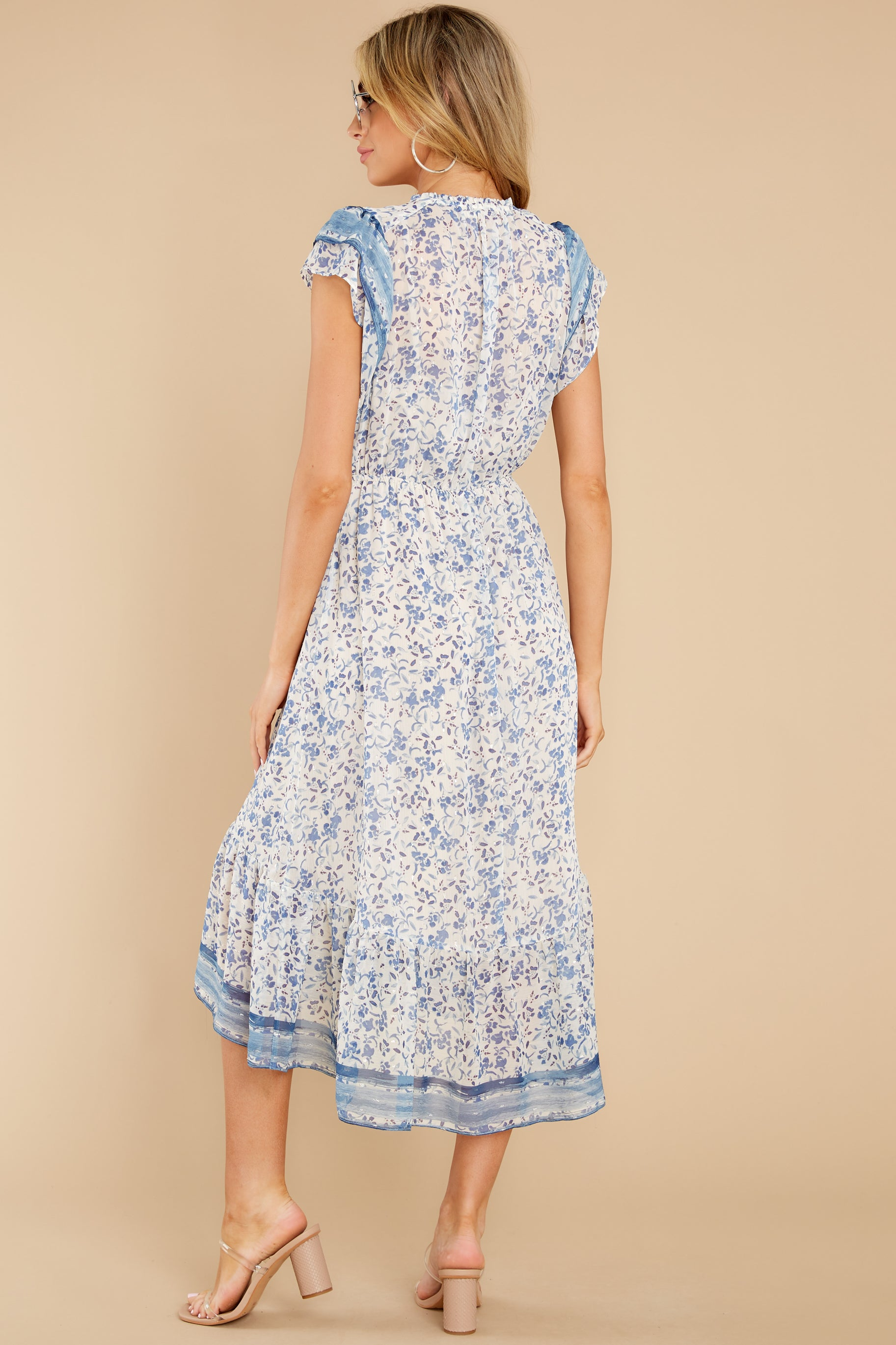 7 Nothing But Us Blue Floral Print Midi Dress at reddress.com