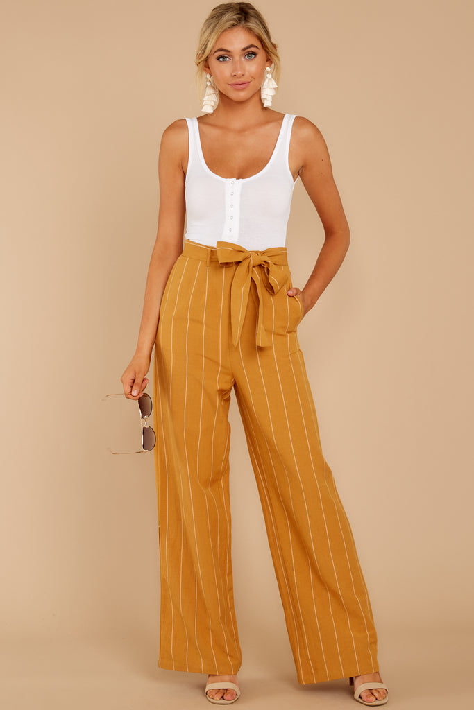 1 Influential Style White Pants at reddressboutique.com