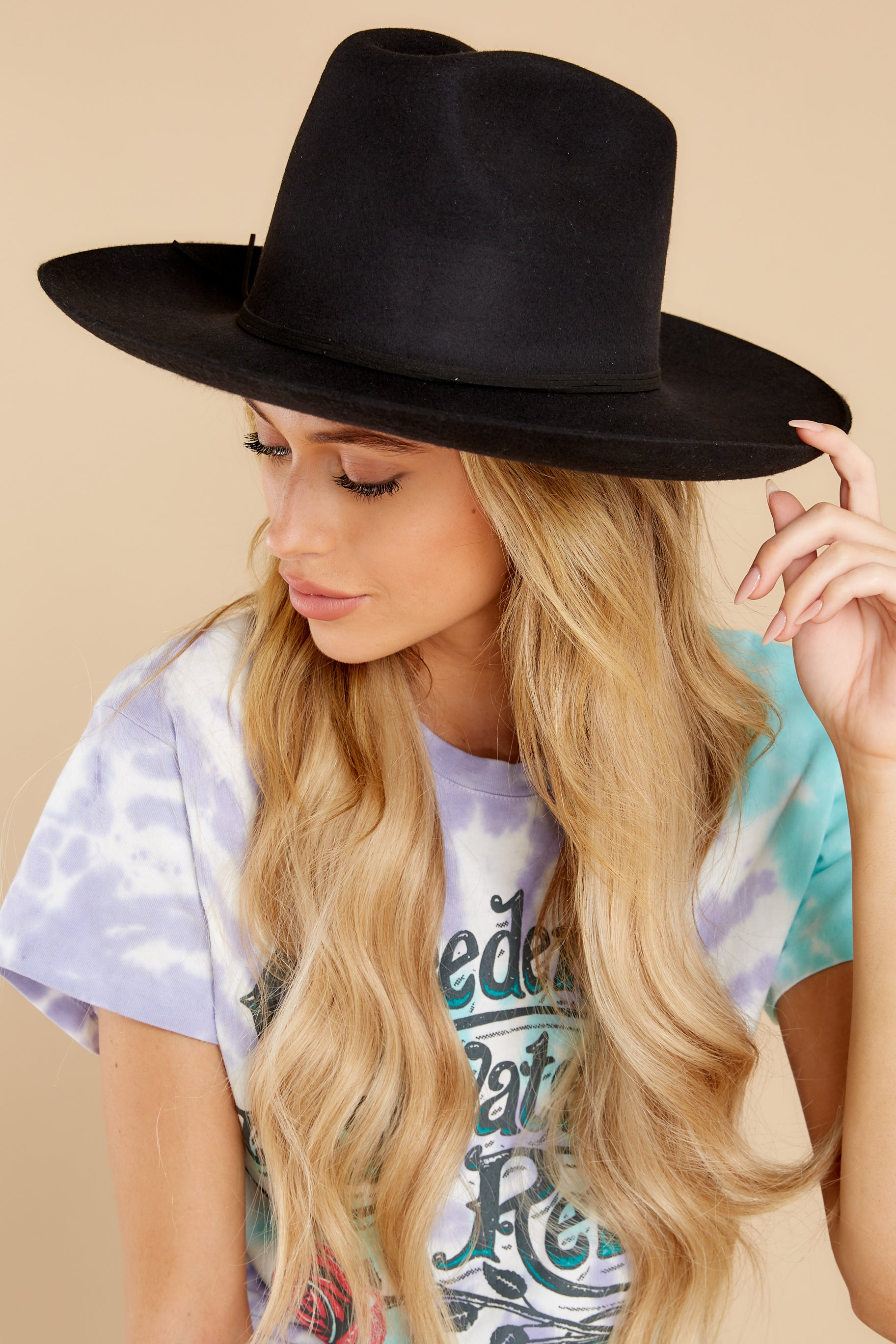 1 Goldfinger Black Hat at reddress.com