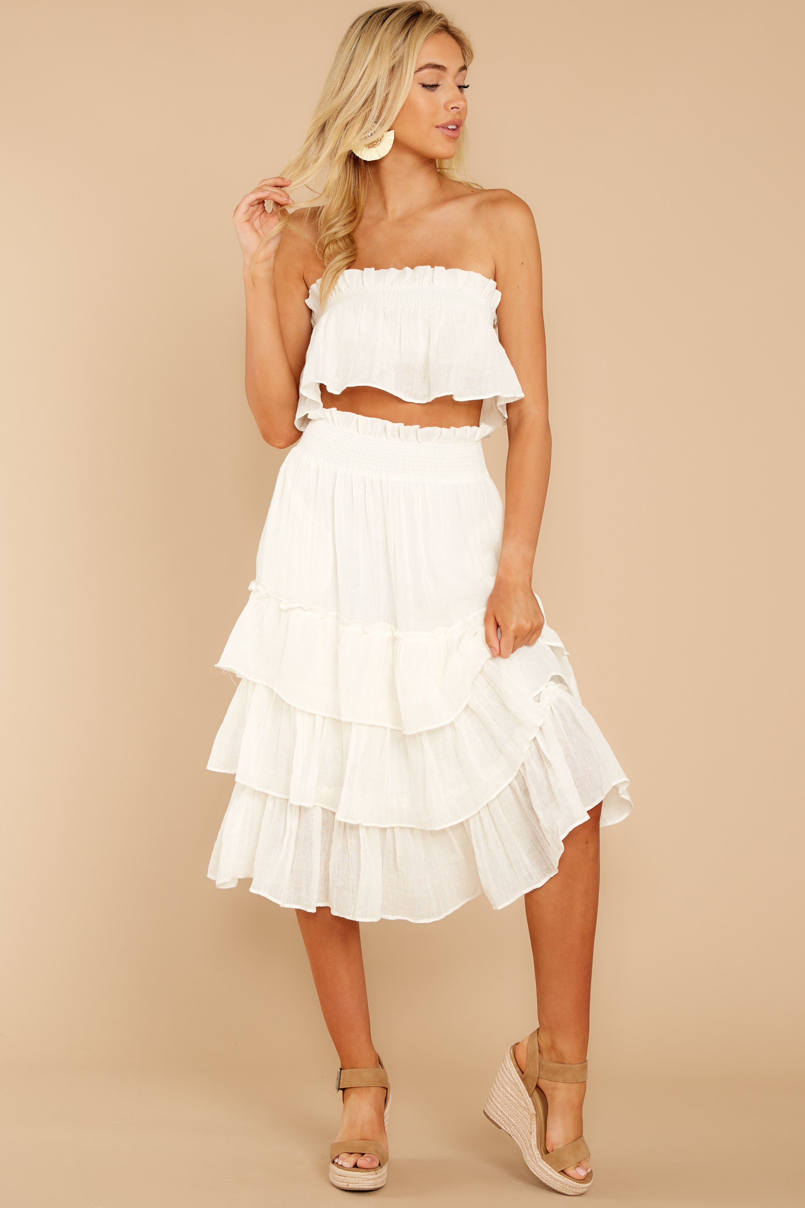 6 Look Lively White Two Piece Set at reddress.com