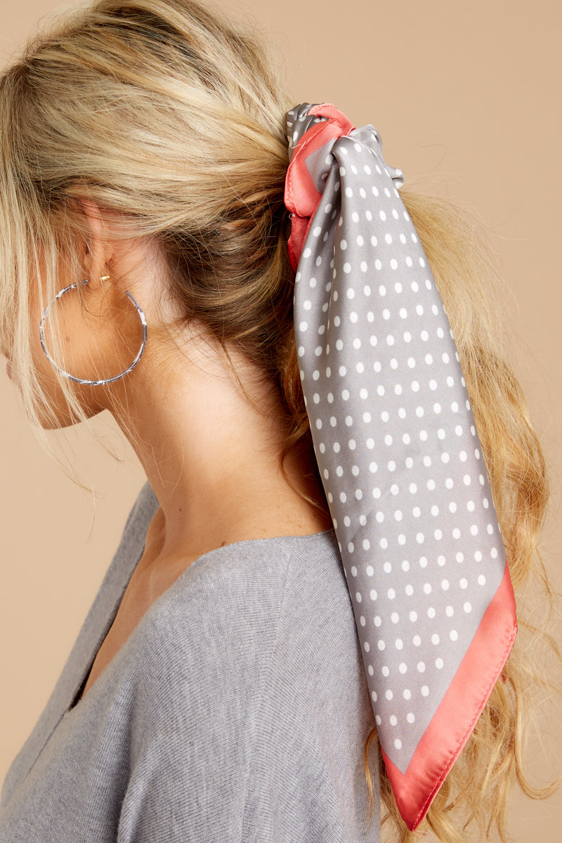 Shake It Up Grey And Pink Scarf