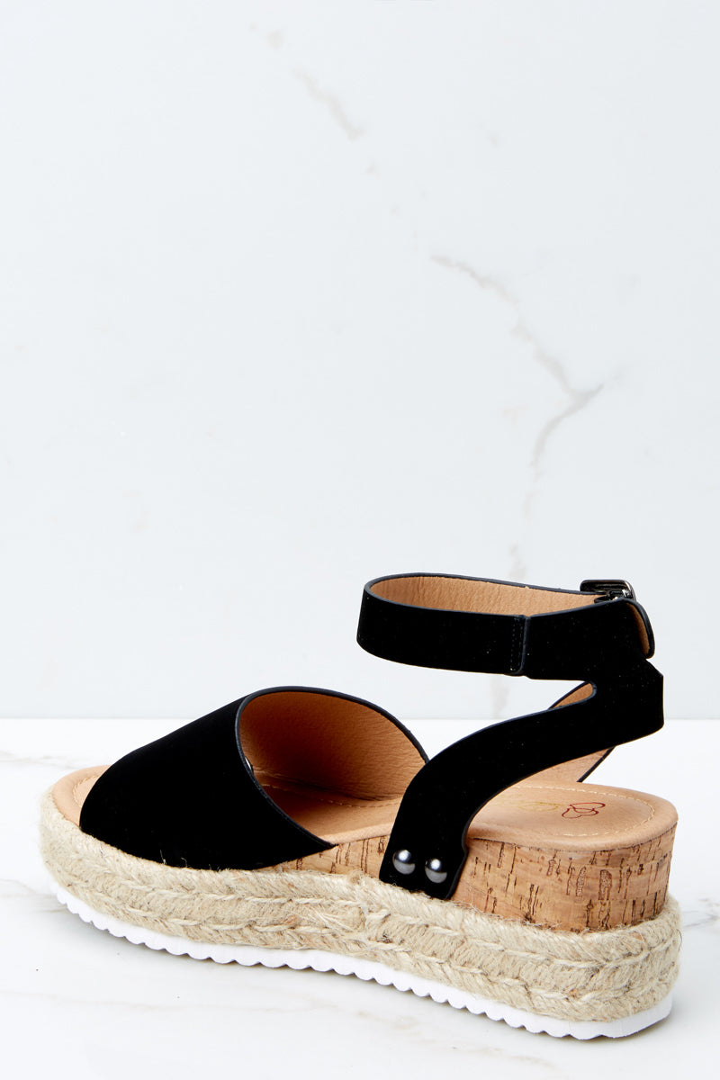 3 Meet Me Here Black Flatform Sandal at reddress.com