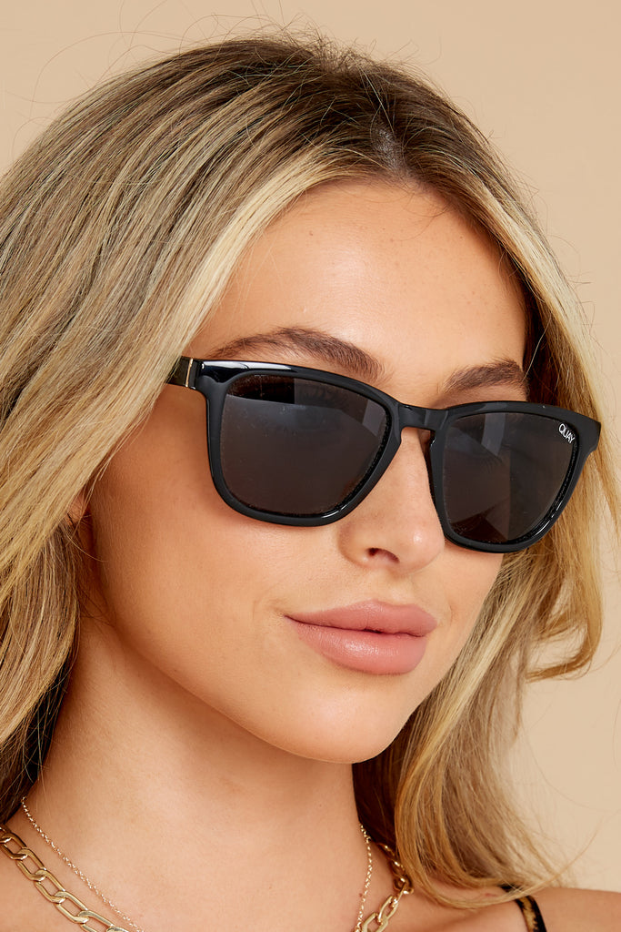 1 Obvious Glamour Black Fade Gold Sunglasses at reddress.com
